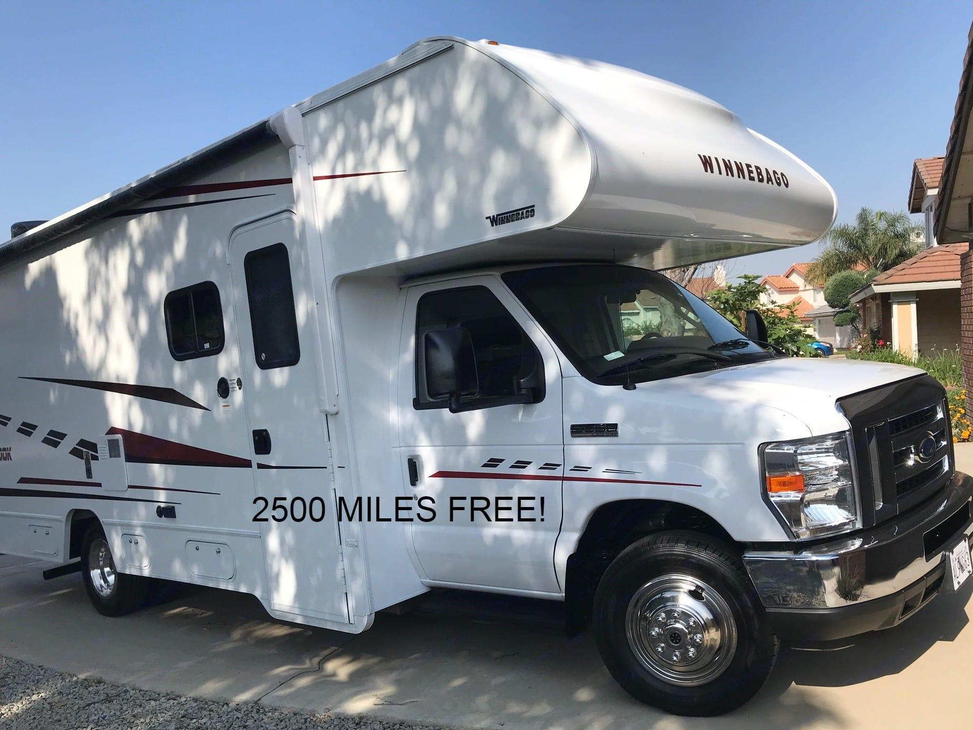 2500 MILES FREE!. WINNEBAGO Outlook 2019