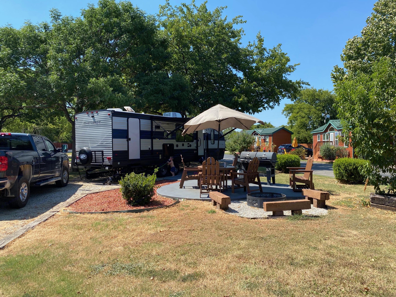 Beautiful campsite at Dallas, TX KOA. Forest River Cherokee Grey Wolf 2021