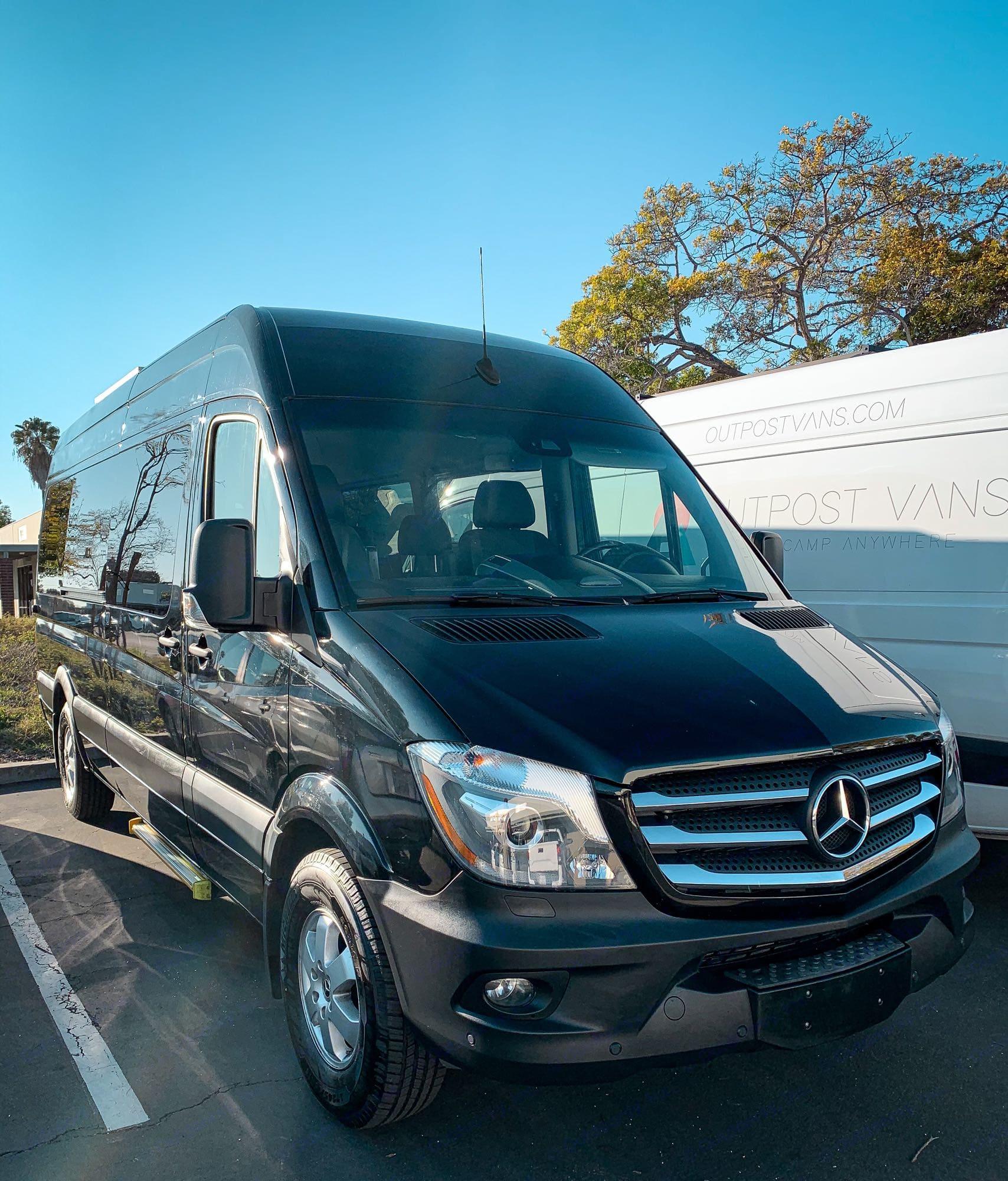 Front view. Mercedes-Benz Sprinter 2018