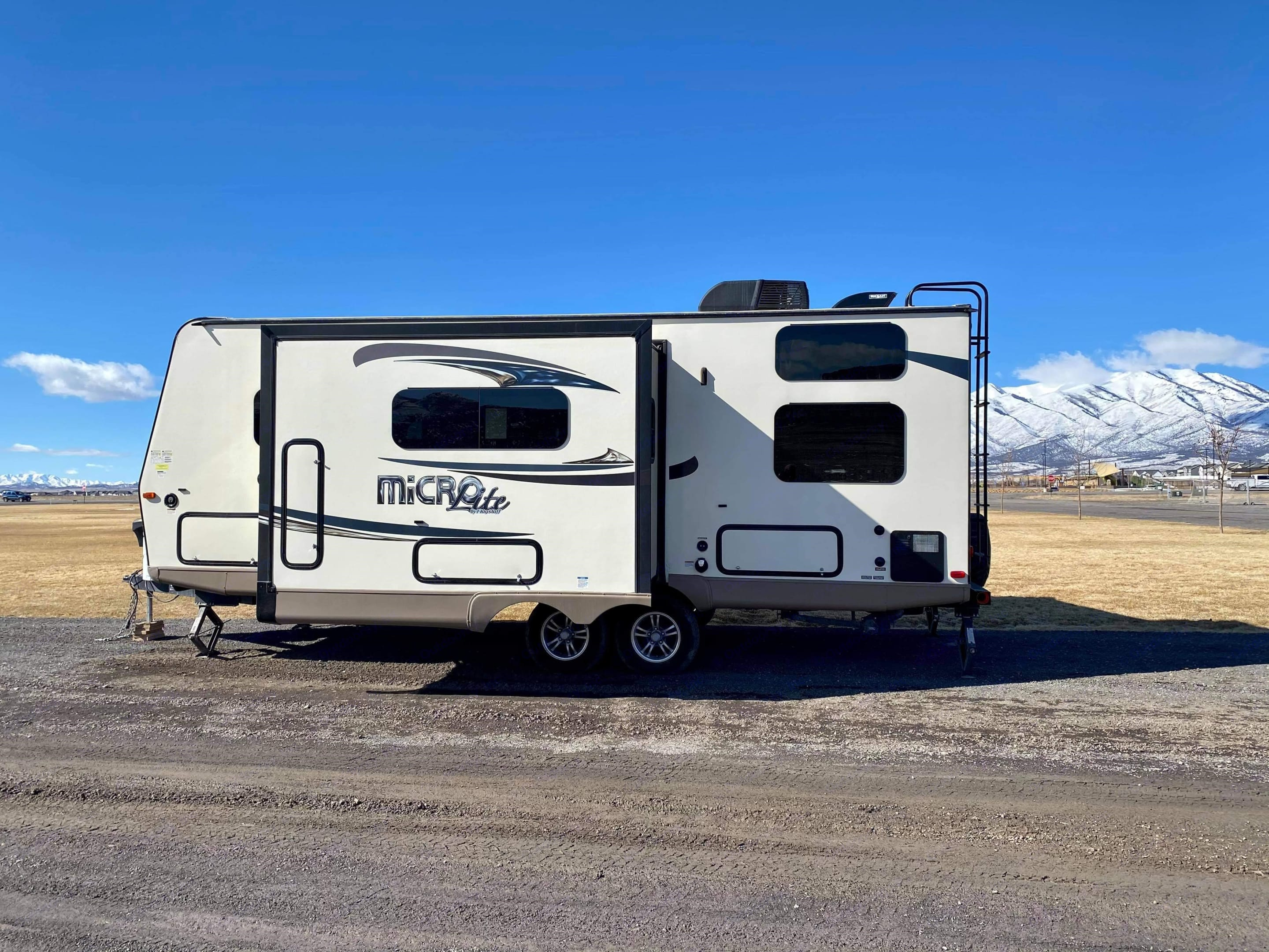Forest River Flagstaff Micro Lite 2016