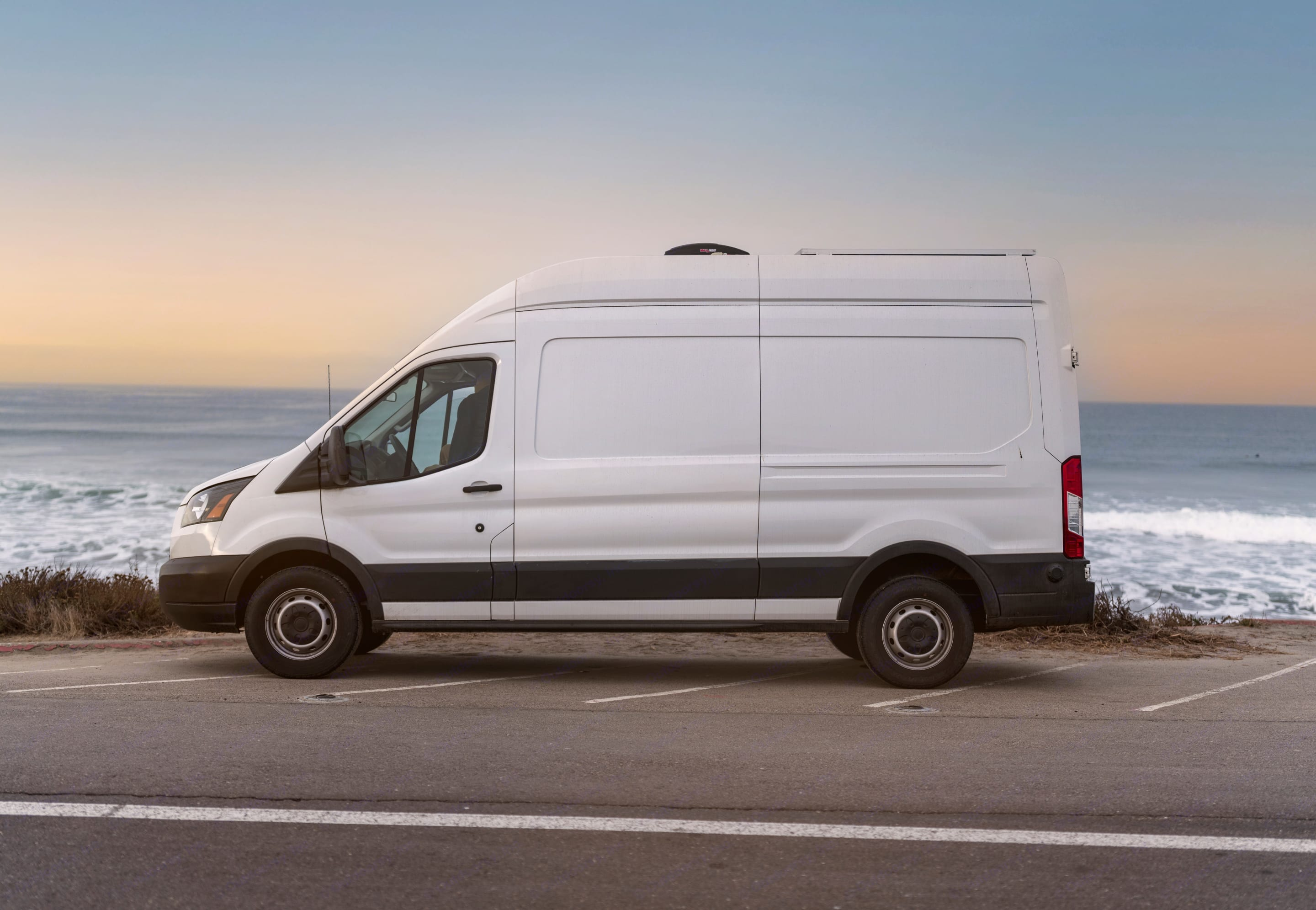 Isn't she a beaut! Perfect size to park anywhere and not have to worry about sticking out. . Ford Transit 2019