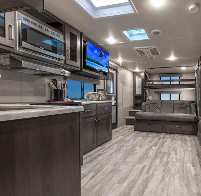 Kitchen and living room. Grand Design XPlor 265BHS 2020