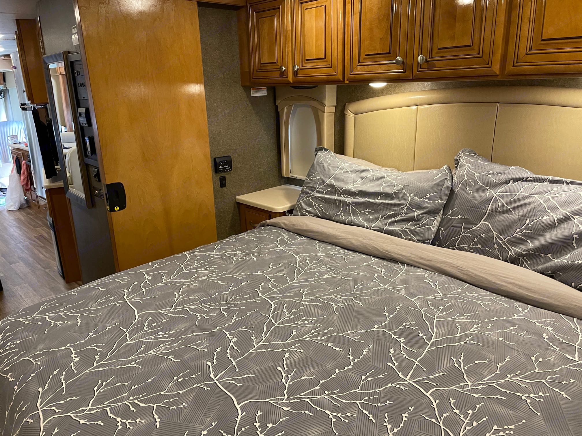 There is a door to shut off the master suite giving you privacy from everyone else!. Thor Motor Coach Miramar 2017