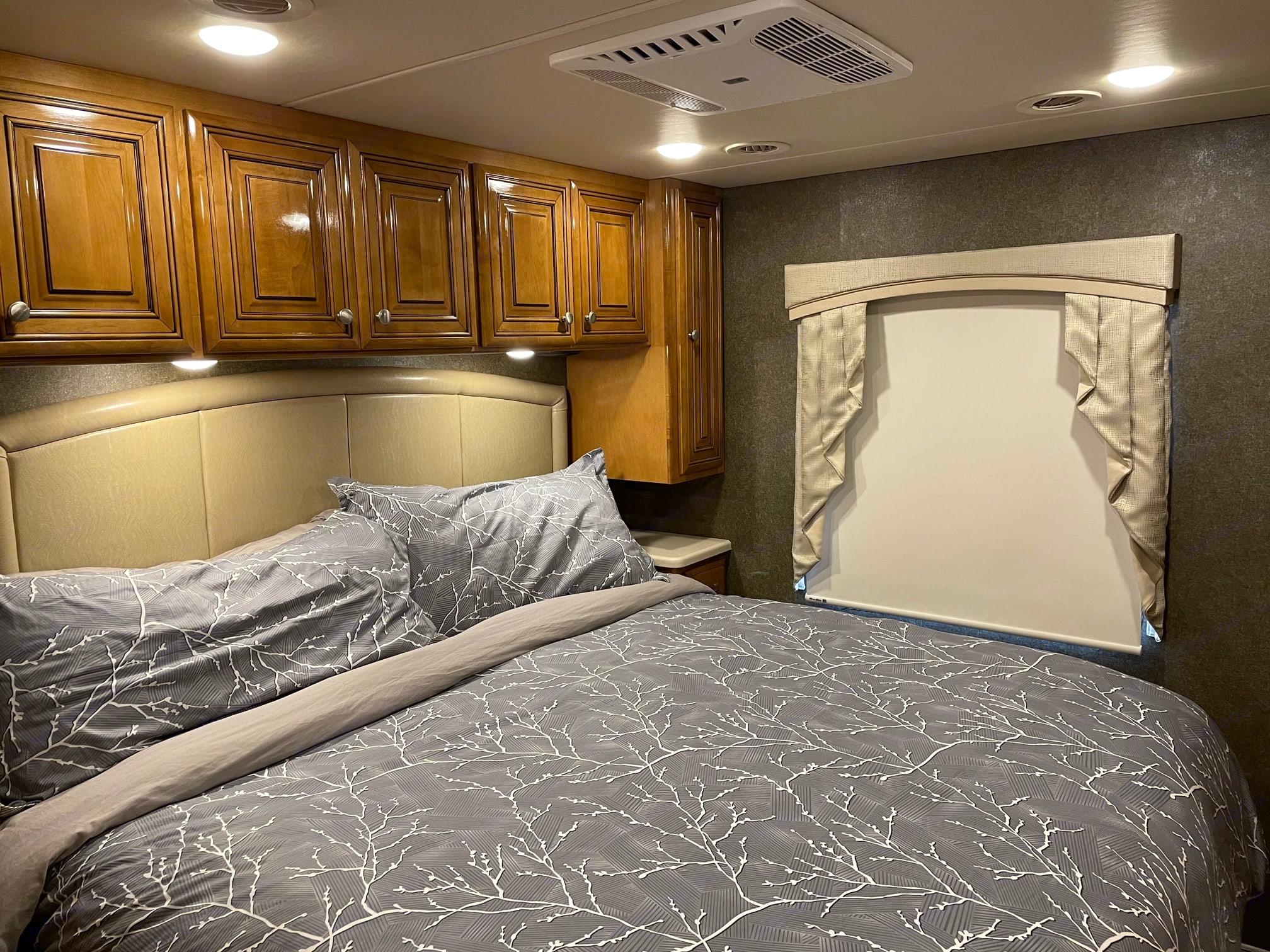 This bed is soooo comfortable!. Thor Motor Coach Miramar 2017