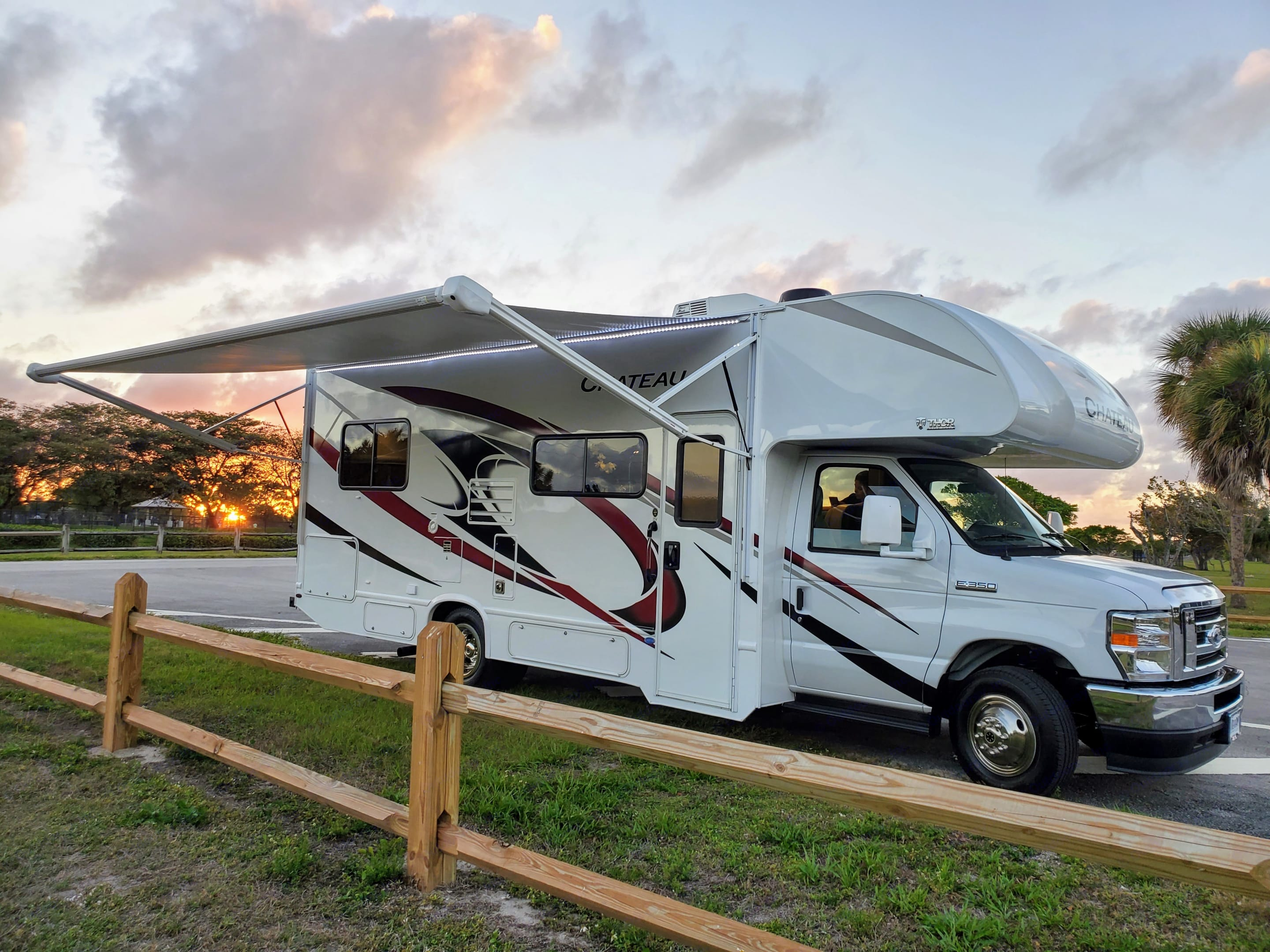 Perfect for family camping.. Thor Motor Coach Chateau 2021