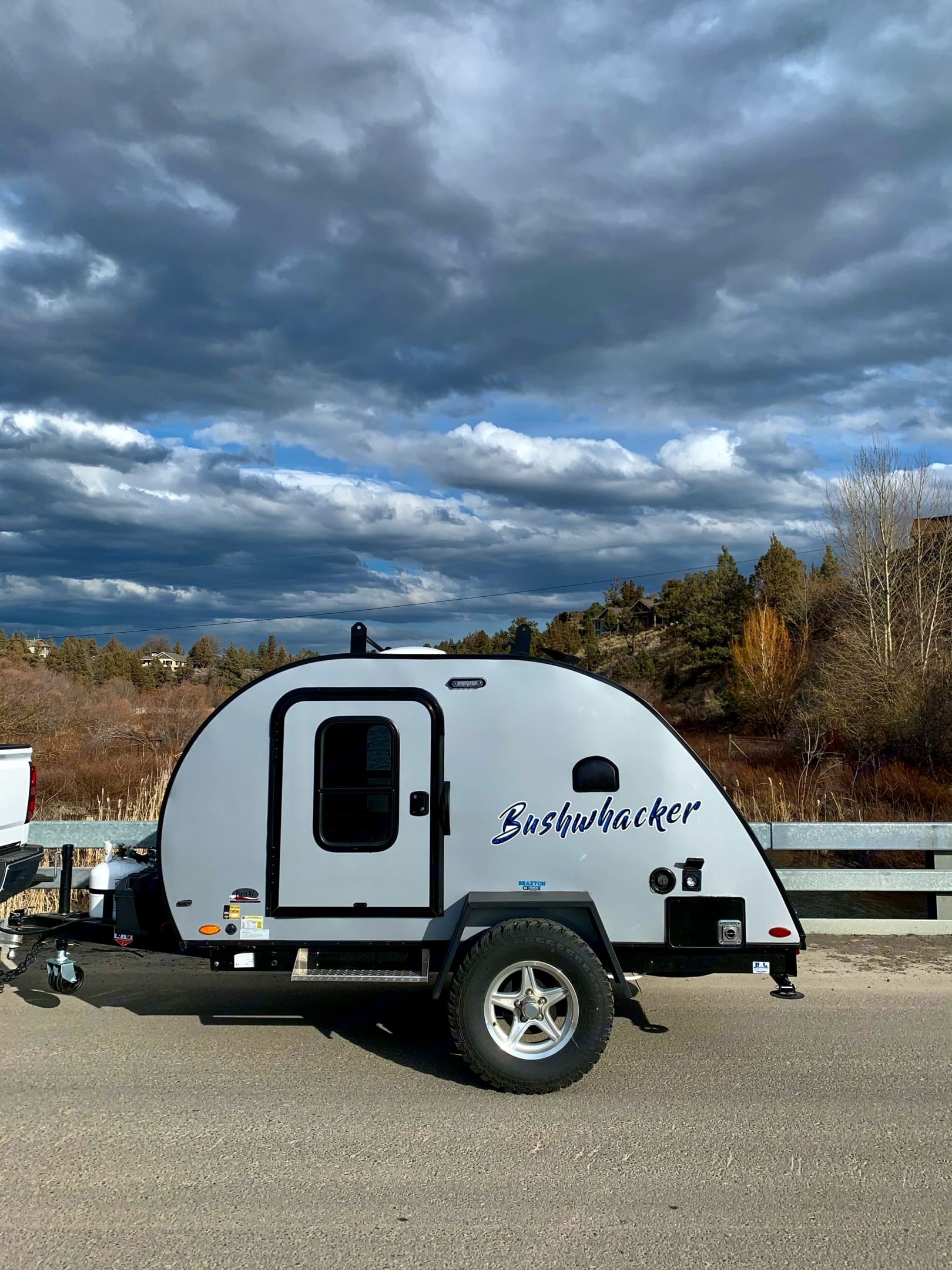 Beautifully equipped for a road trip RV tour and boondocking.. Other Other 2021