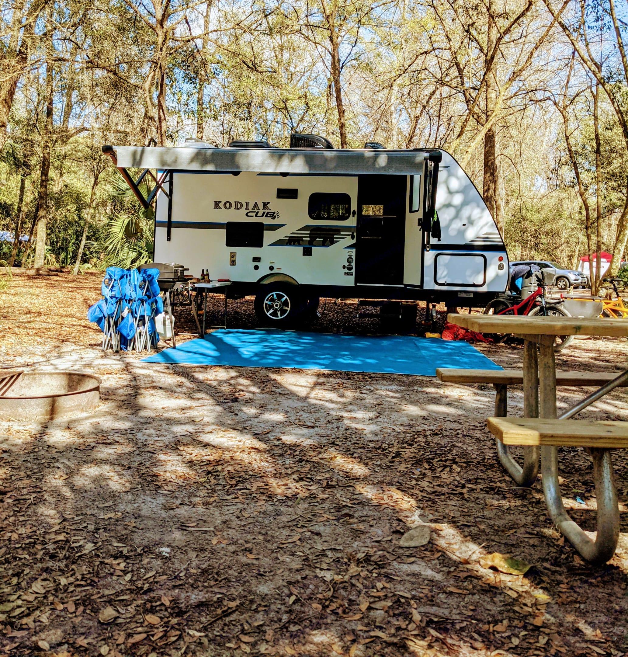 Daytime campsite. Dutchmen Kodiak 2019