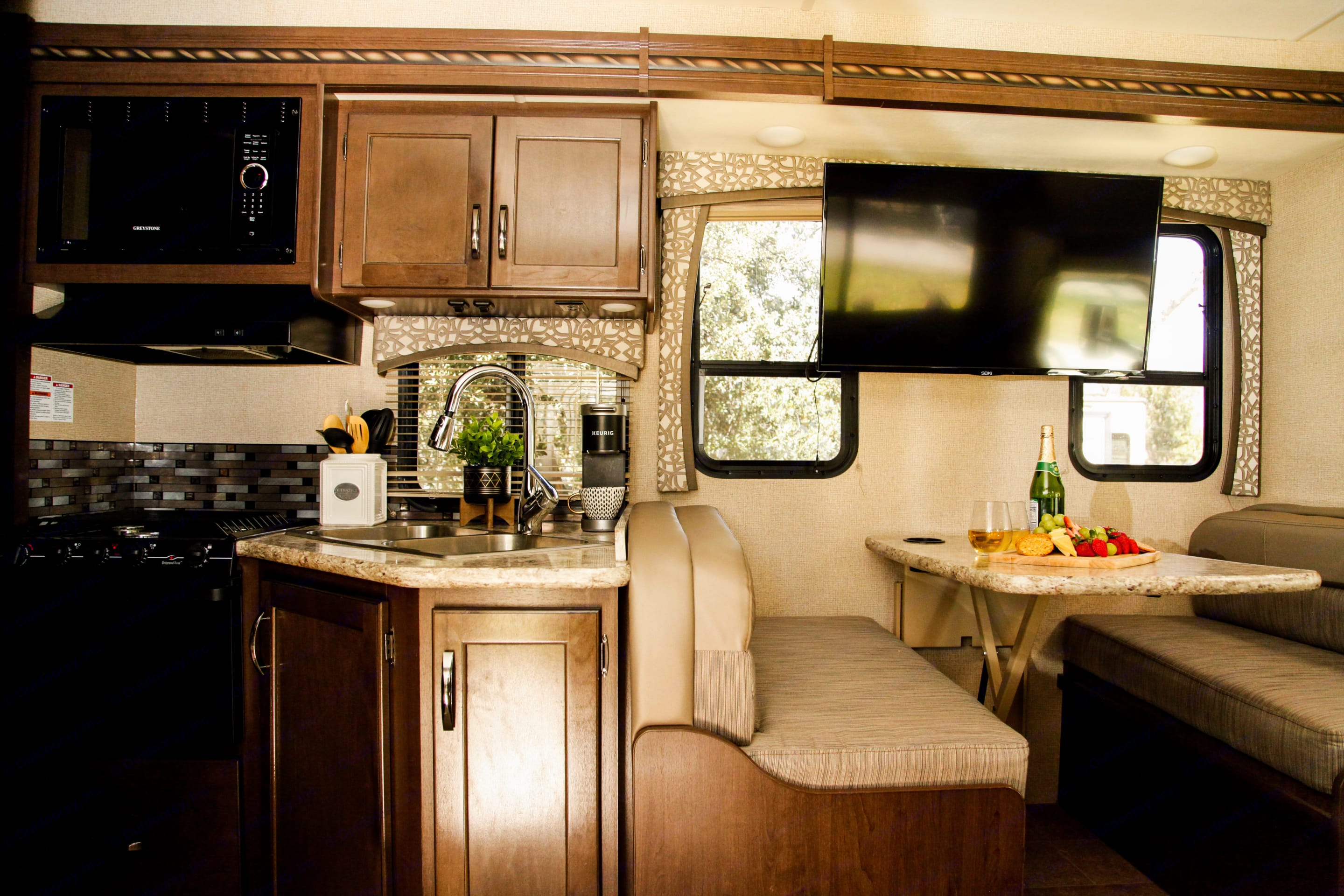 Keurig, toaster, cooking utensils, cutting board, can opener, potato peeler, wine opener, pot and pan included with the rental.. Thor Motor Coach Chateau 2017
