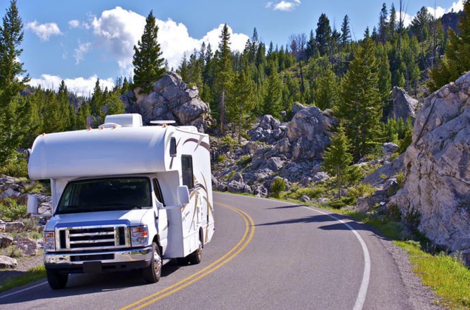 Mt Rushmore. Thor Motor Coach Freedom Elite 2020