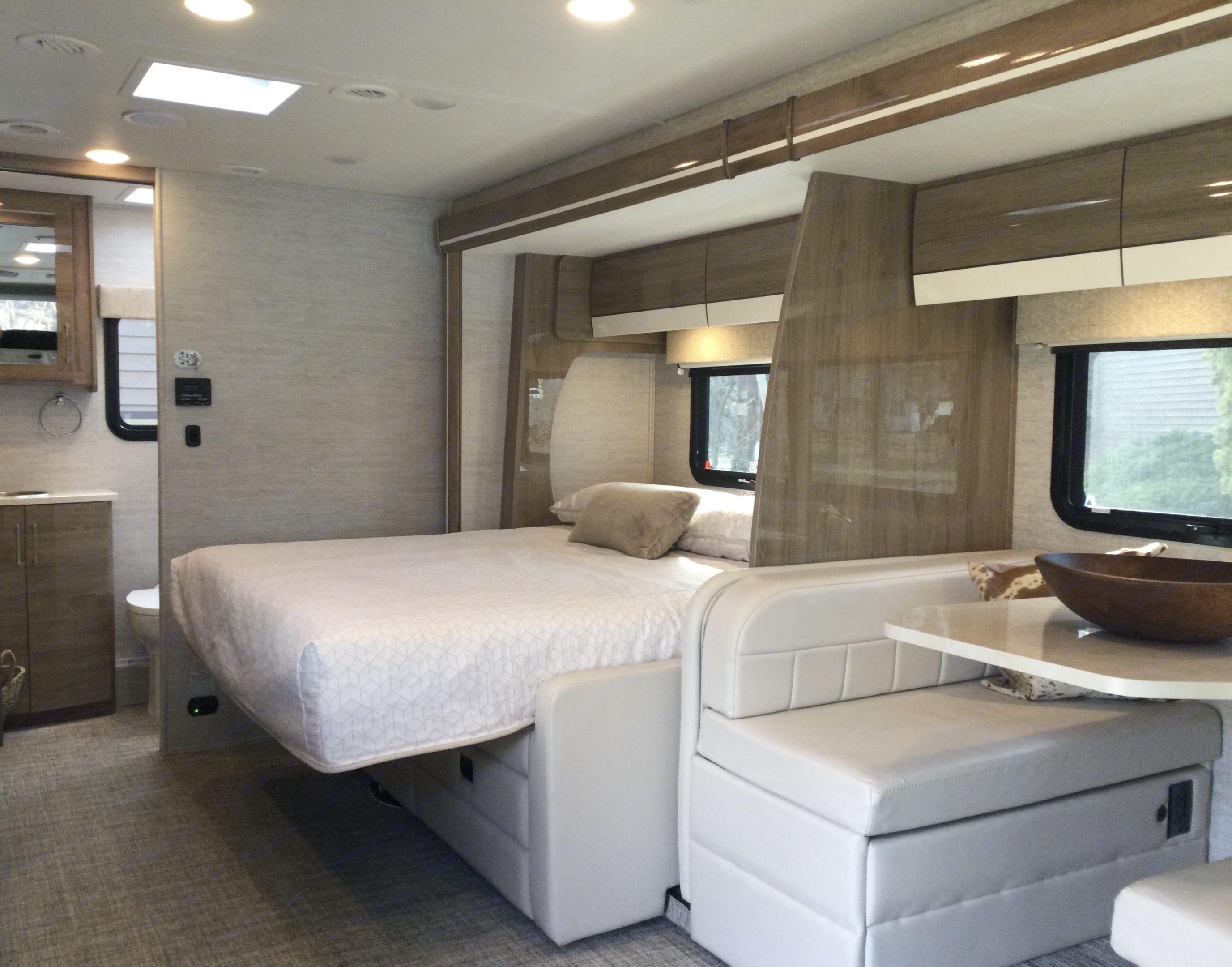 Murphy Bed. Entegra Coach Qwest 2021