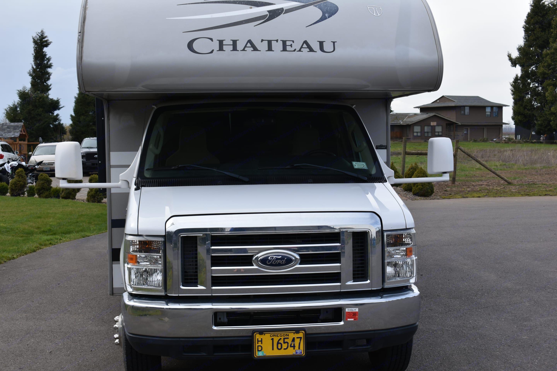 Thor Motor Coach Chateau 2014