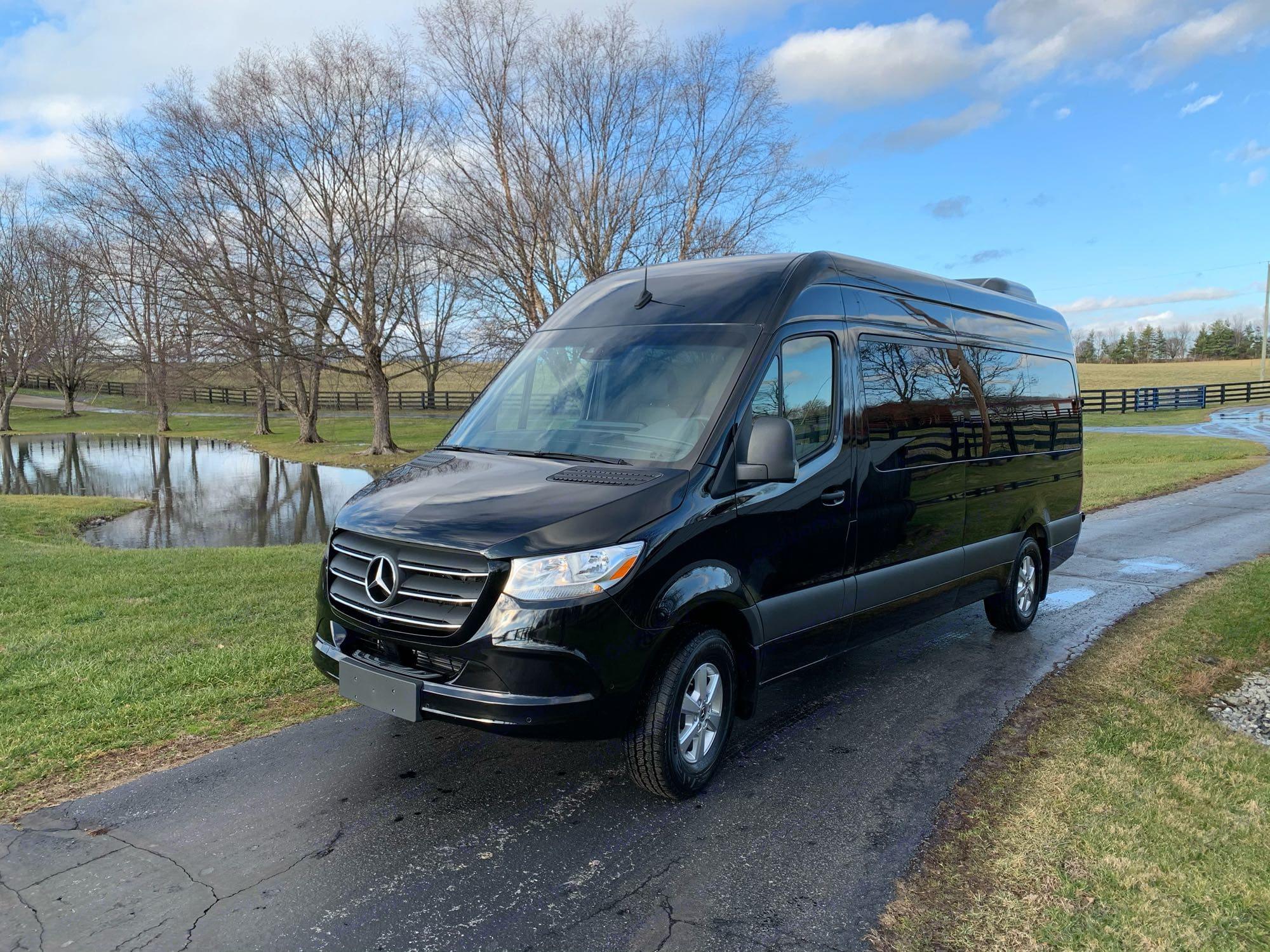 Luxury 15 Passenger. Mercedes-Benz Sprinter 2020