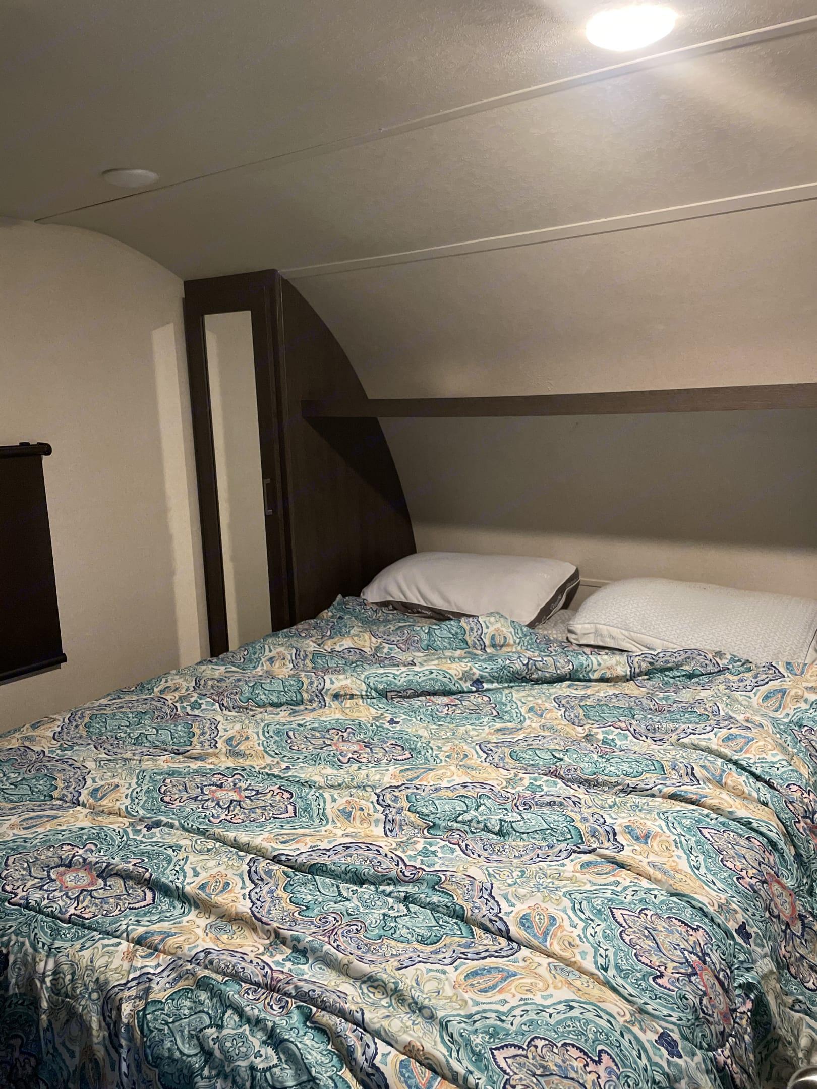 master bedroom. Forest River Wildwood 2019