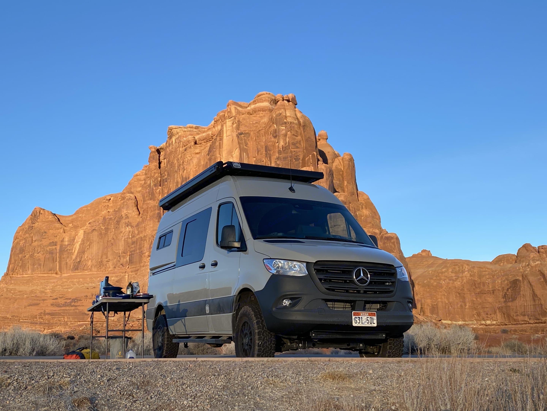 Sunrise in Moab. Mercedes SPRINTER 2020