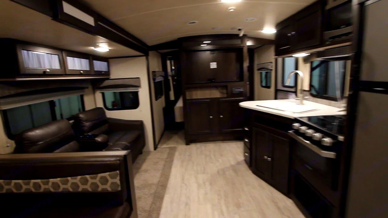 Cruiser Rv Corp Shadow Cruiser 2020