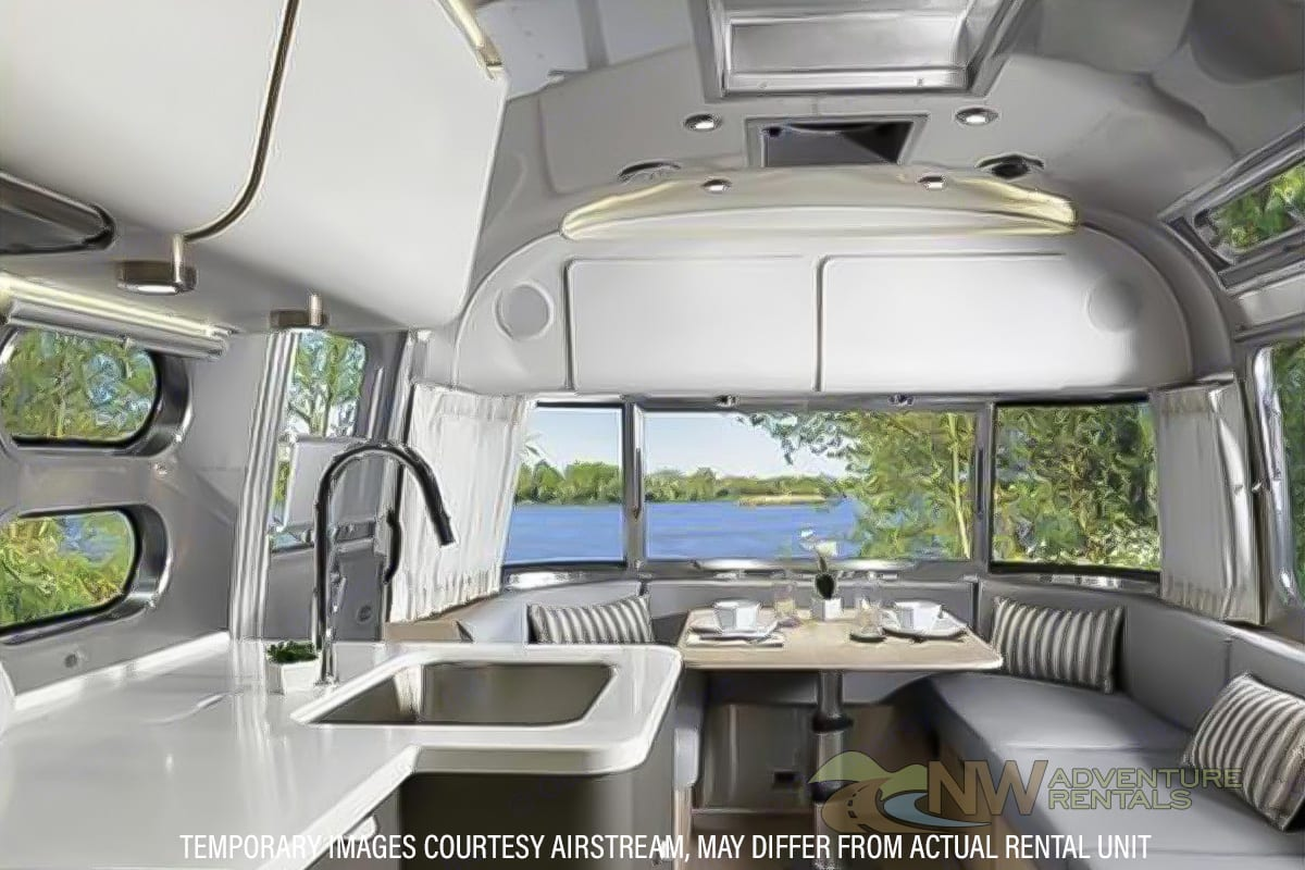 Airstream GLOBTROTTER 28 2021