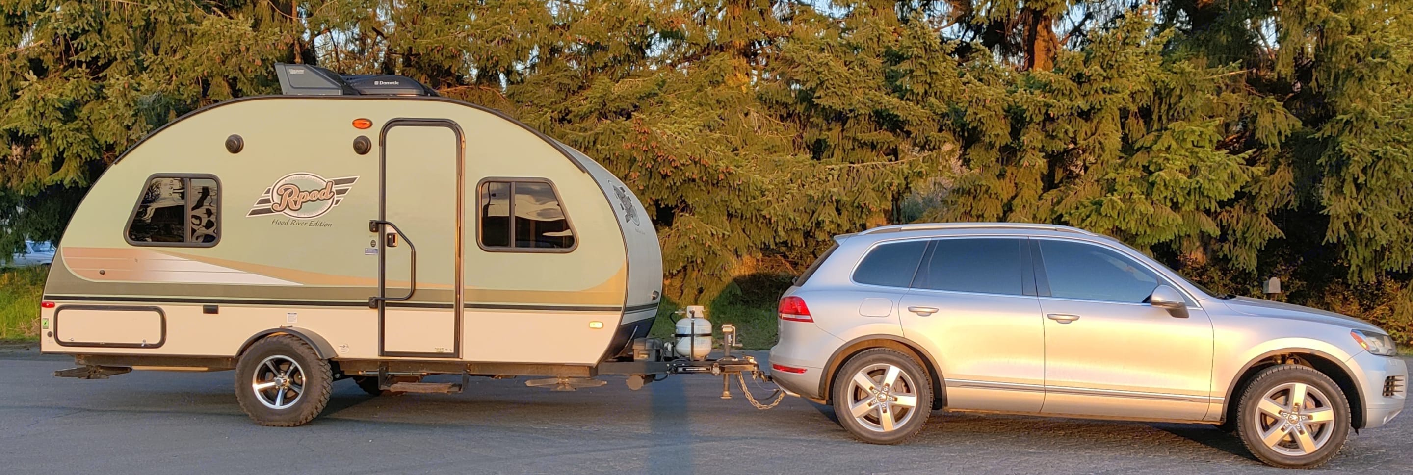 Easily towed by Suvs. Forest River R-Pod 2016
