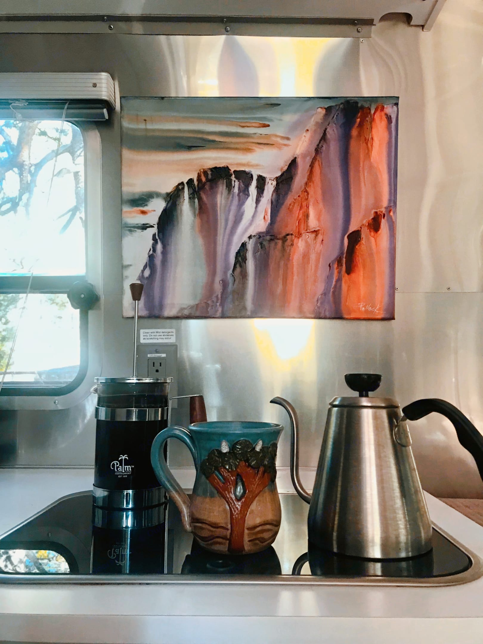 Coffee Time. Airstream Sport 2016