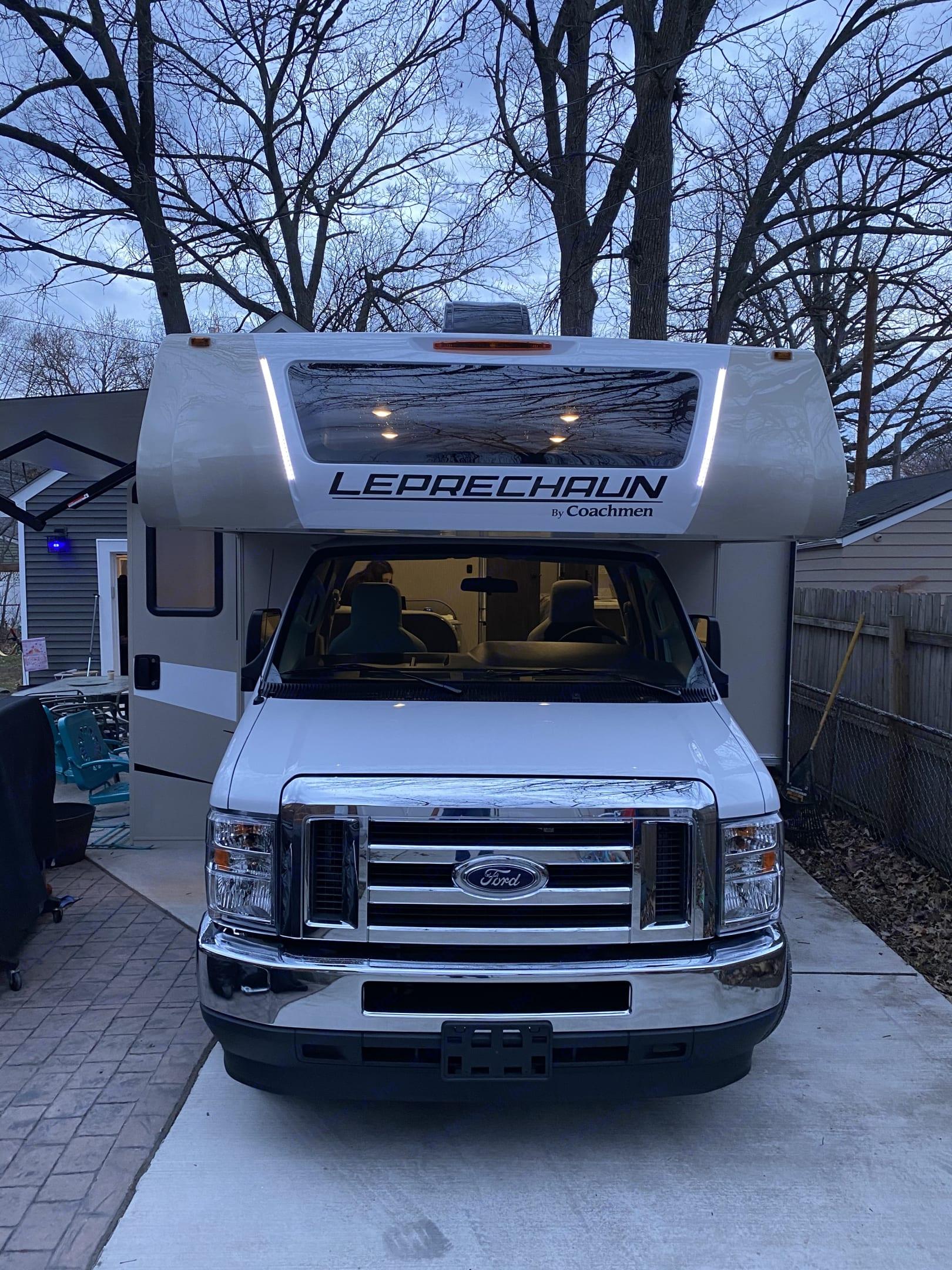 Coachmen Leprechaun 311 fs 2021