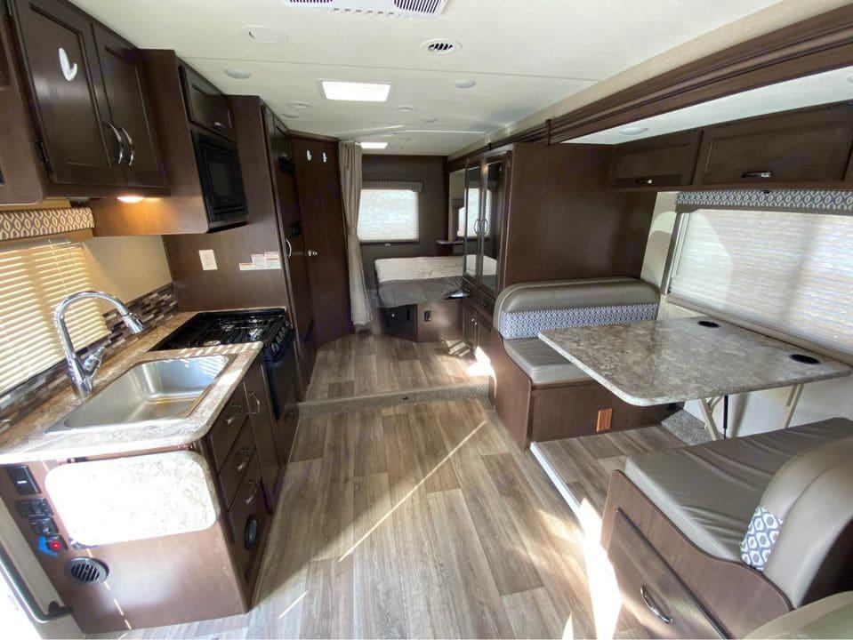 Foretravel Motorcoach Grandvilla Unihome 300 2018