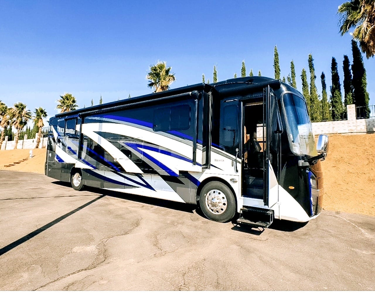 3 exterior cameras to make driving this 40ft home on wheels a breeze to handle.. Entegra Coach Reatta 2019