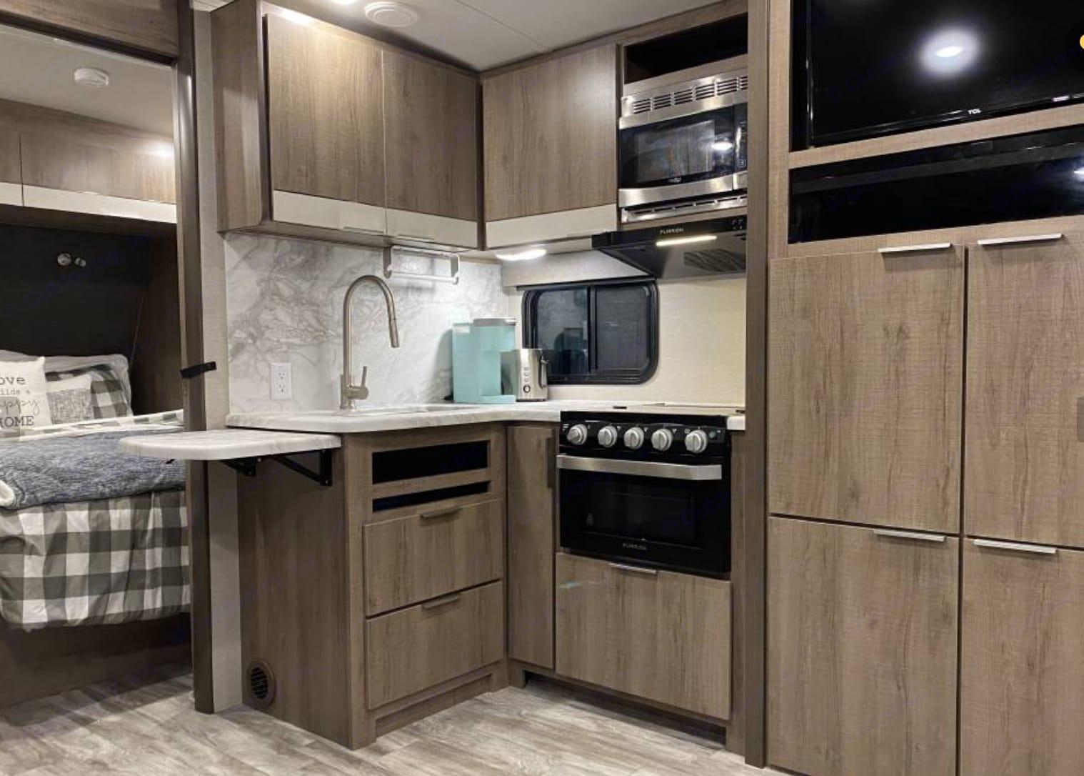 Grand Design Imagine 2400BH 2020