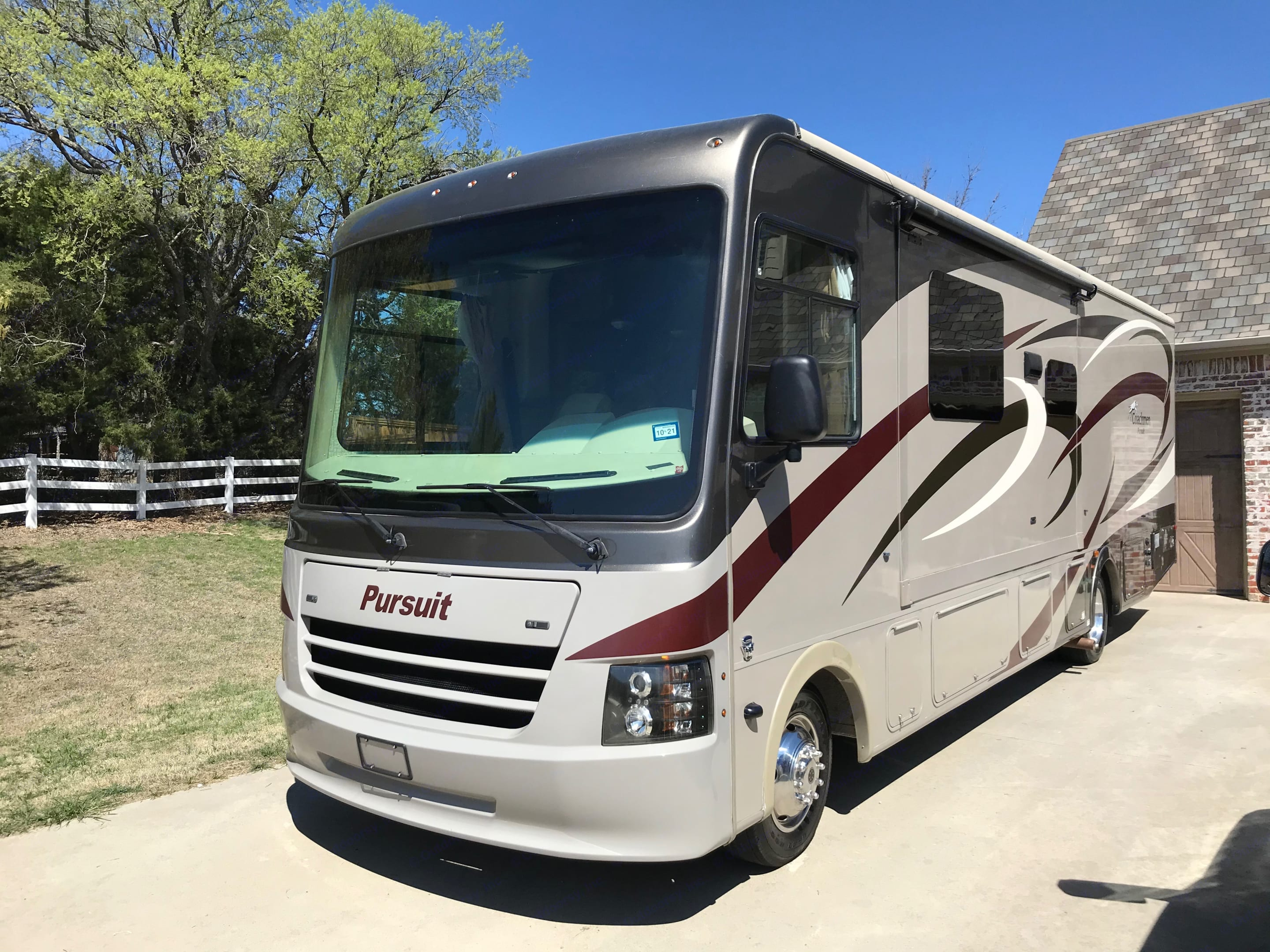 Luxury with lots of room for the entire family.. Coachmen 29SB 2016