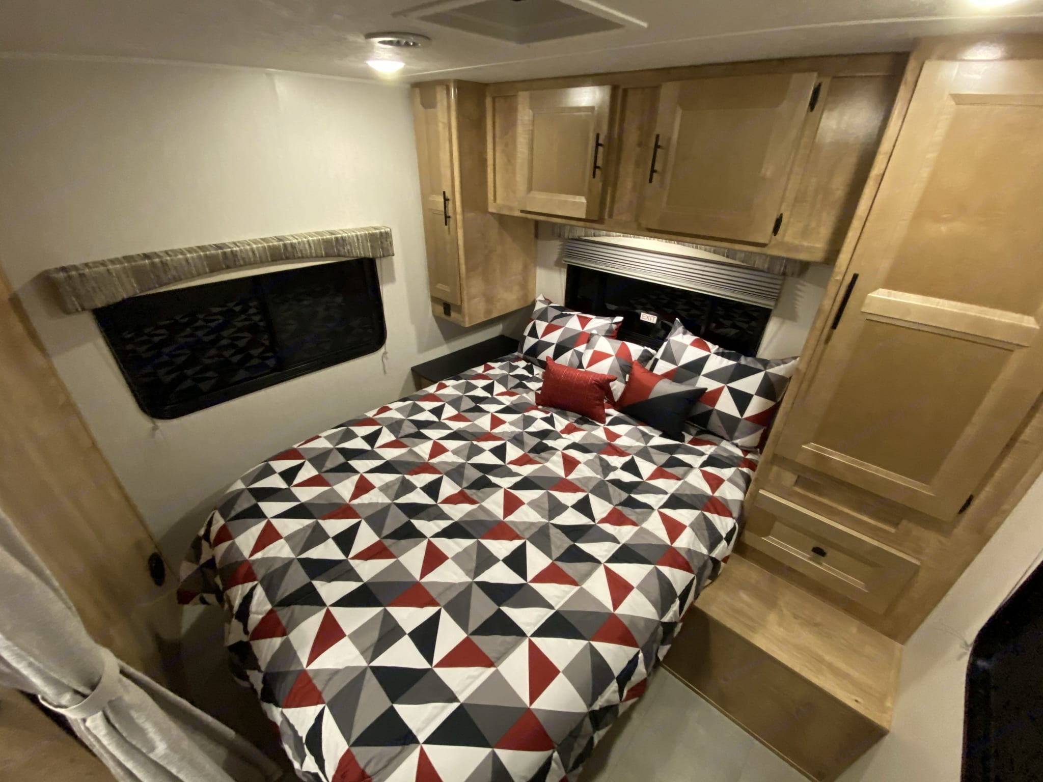 With plenty of storage and plenty of power (110 and USB), this room will put you right at home.. Coachmen Leprechaun 2021