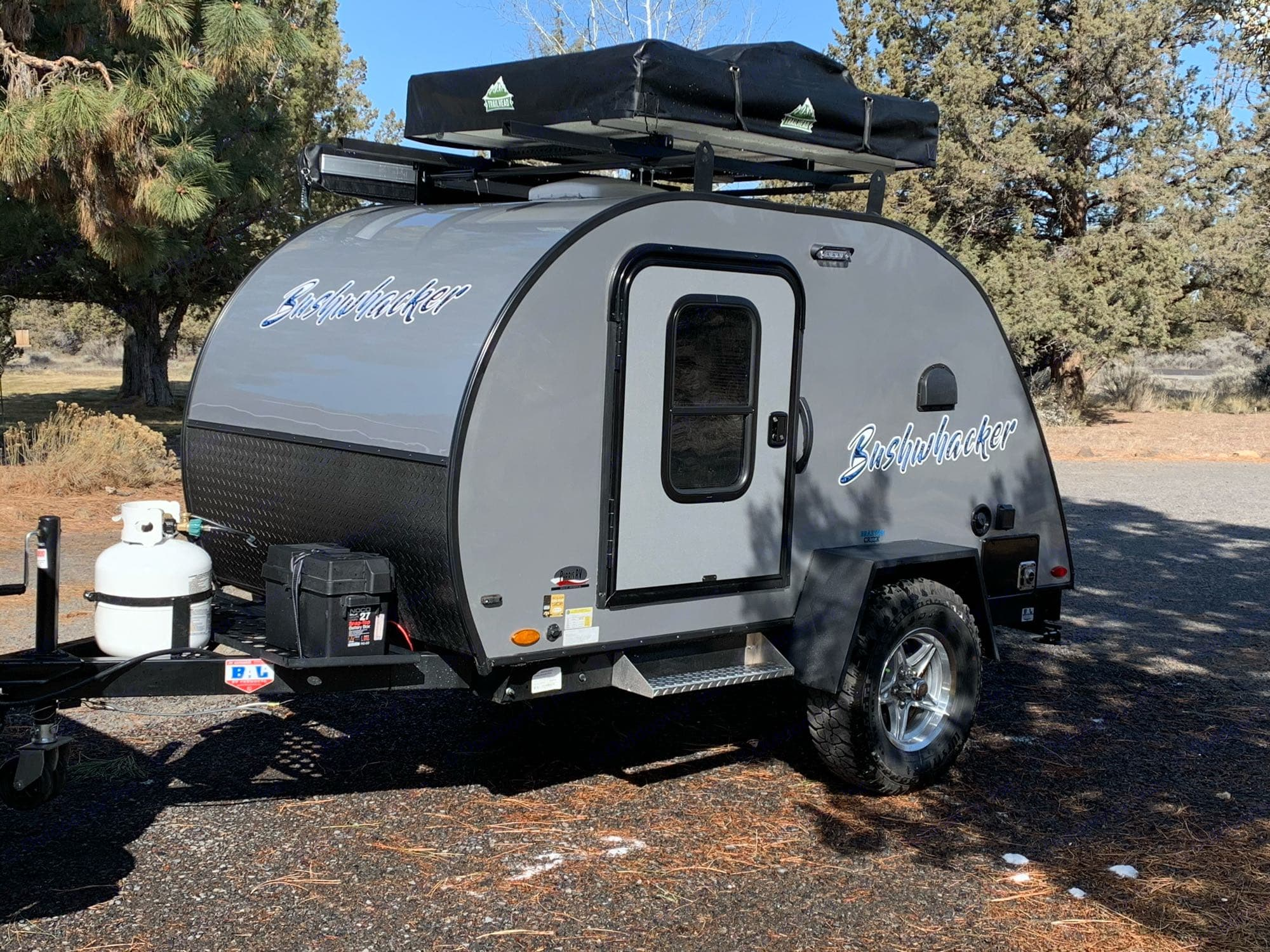 Cruise in style and set up for the breeze and a view.  2 adults size roof top tent.  . Other Other 2021