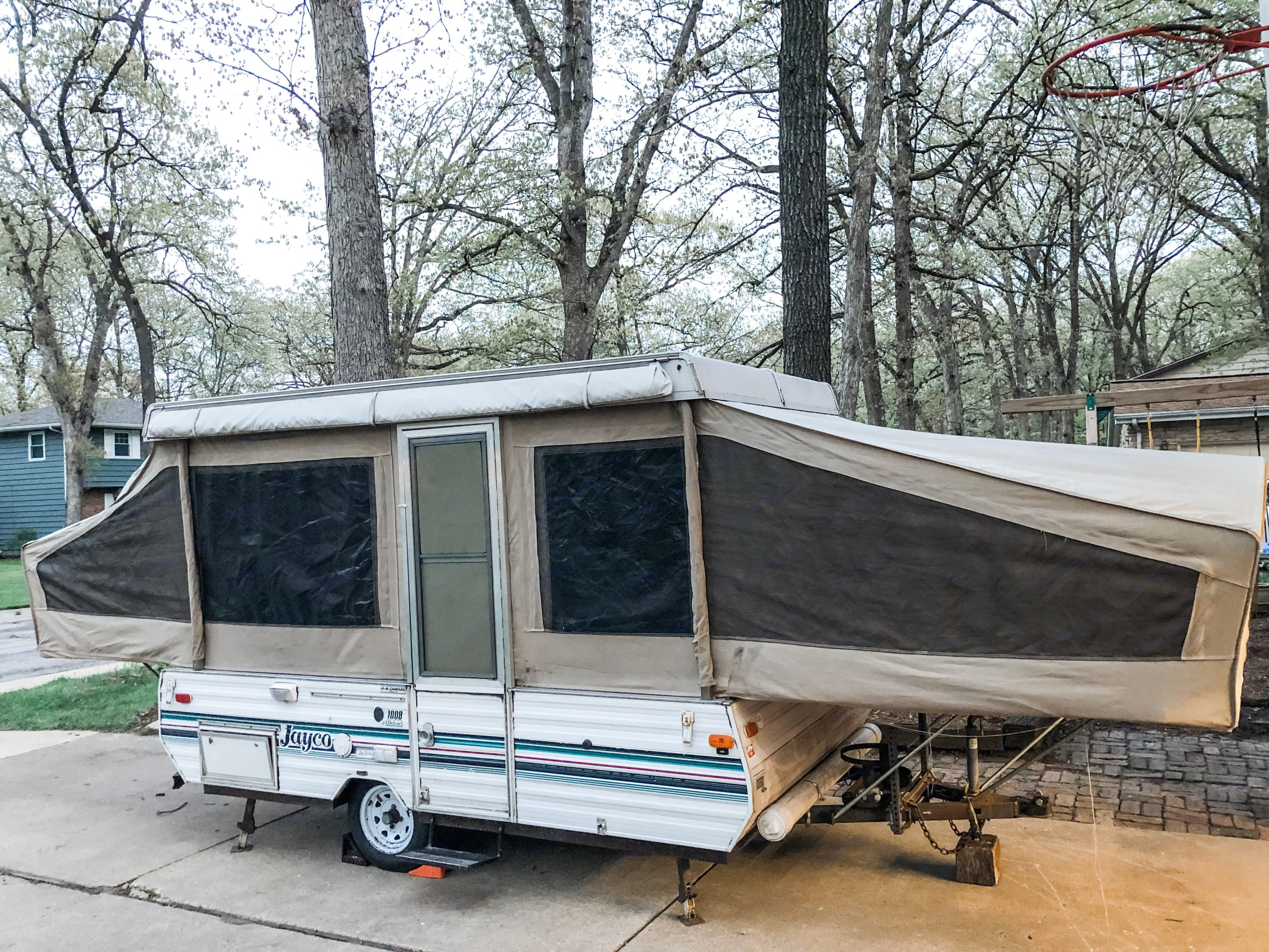 This is what the camper looks like at full extension. More pictures coming soon!. Jayco Jay Series 1992