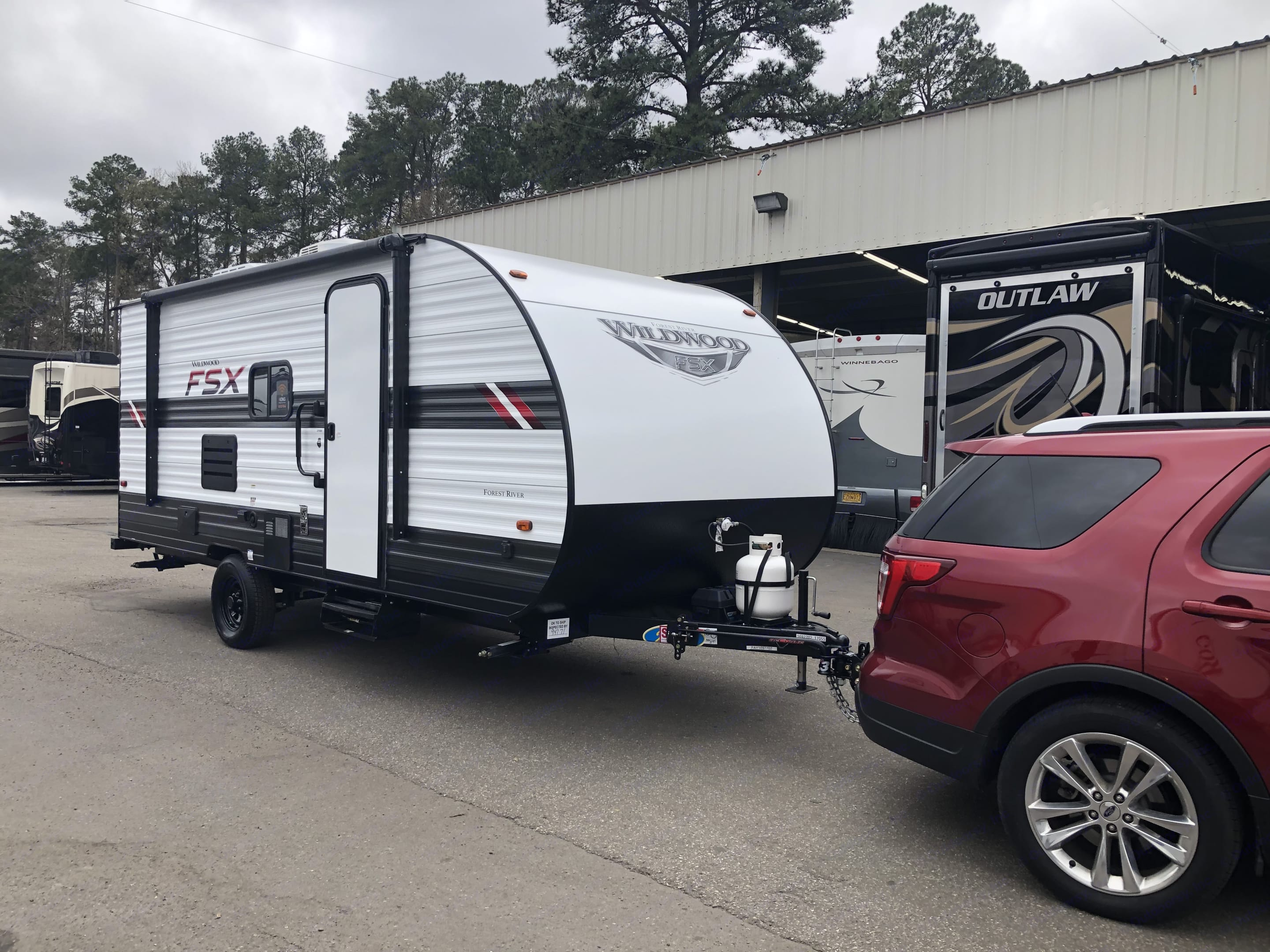 Easy setup/light enough to pull with a SUV. Forest River Wildwood X-Lite 2020