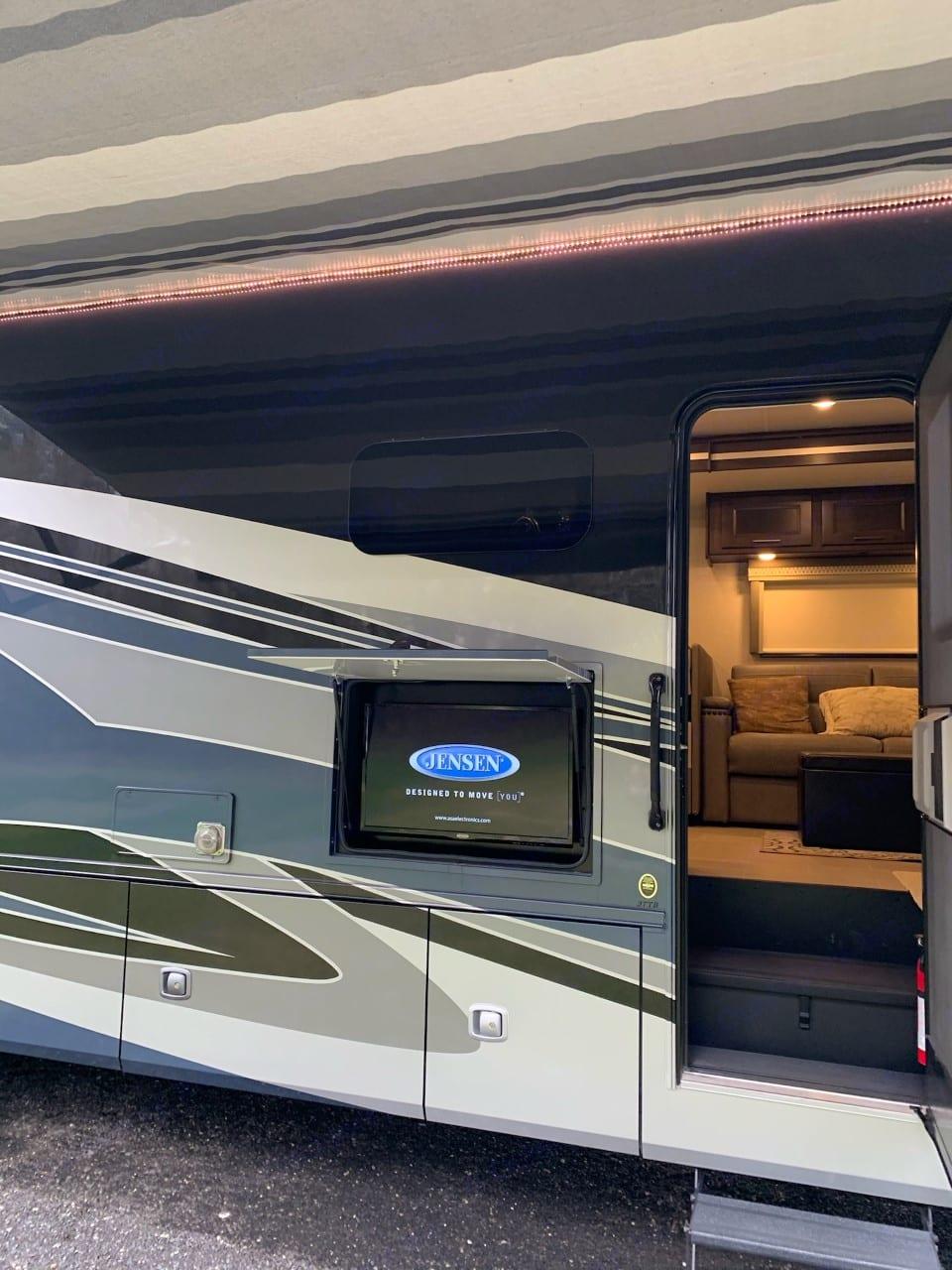 Coachmen Mirada A-Class 2020