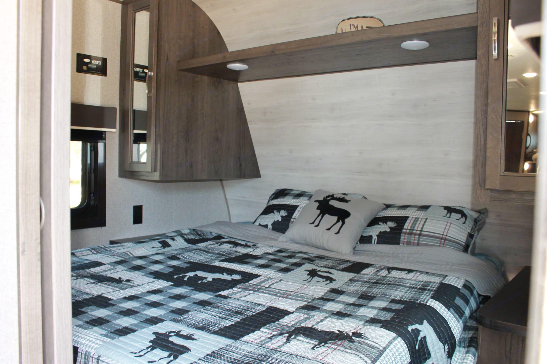 Master Bed. Jayco Jay Flight 2021