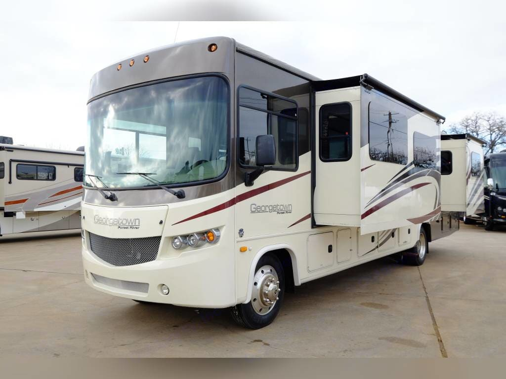 Forest River Georgetown 364TS 2016