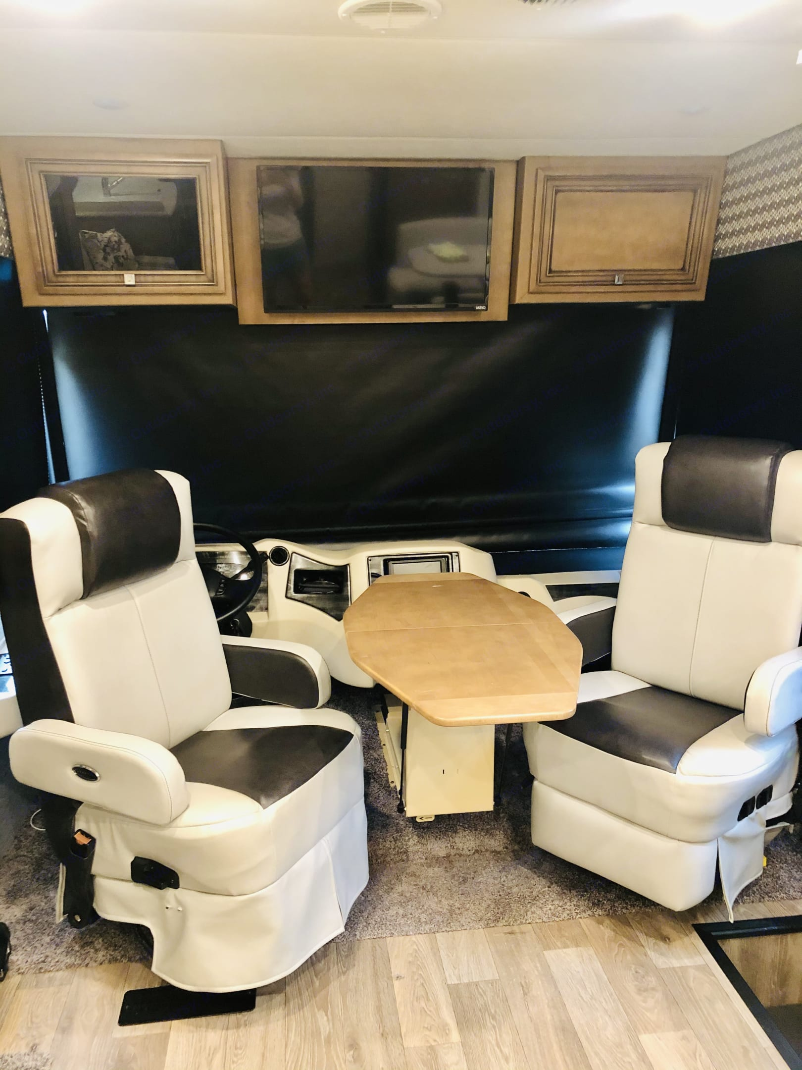 We enjoy using this table when all five of us are having an indoor meal or playing cards. . Newmar Bay Star 2019