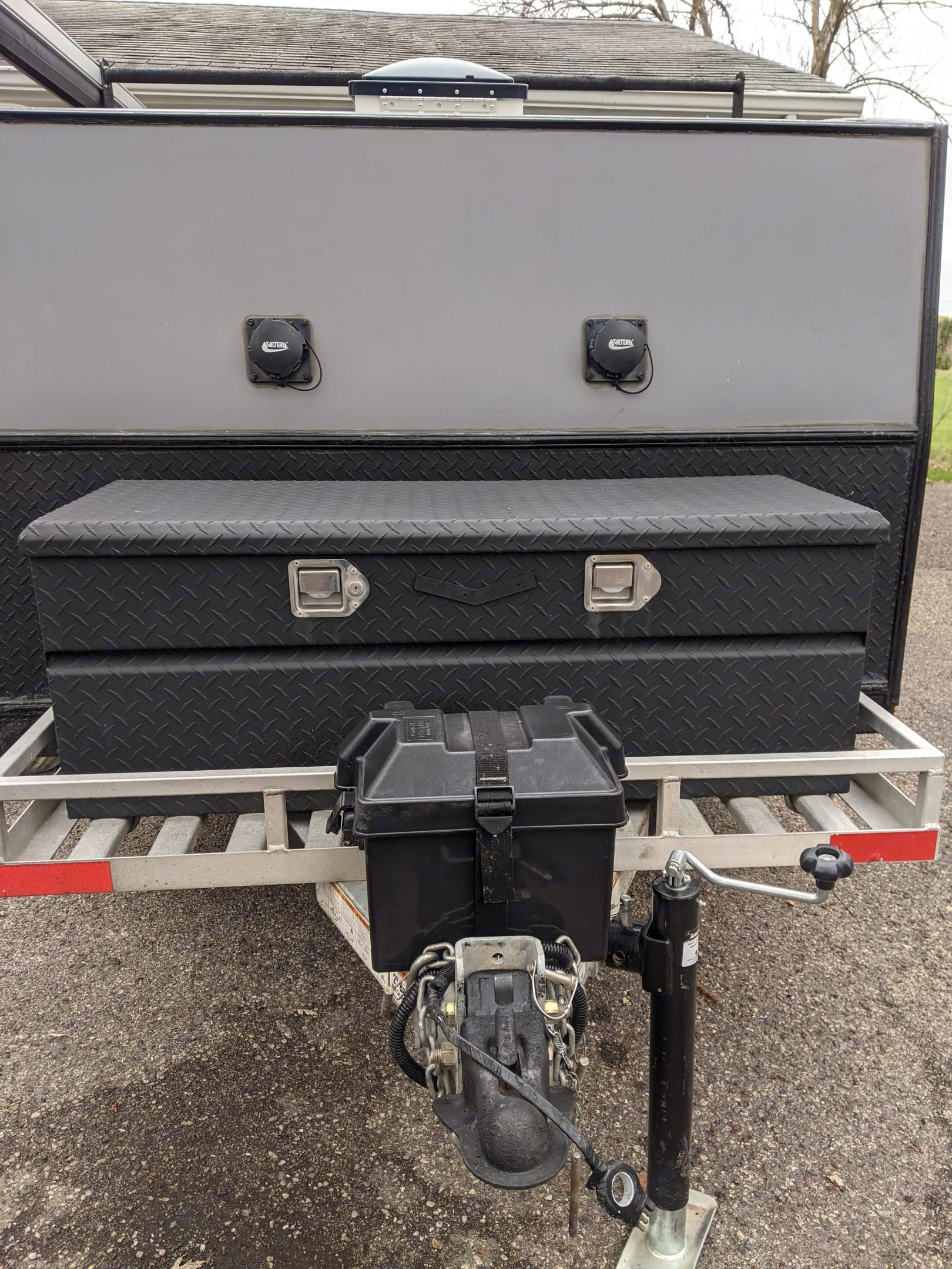 Watertight locking storage, battery box for ceiling fan. Hand crank jack to level camper.. 2018
