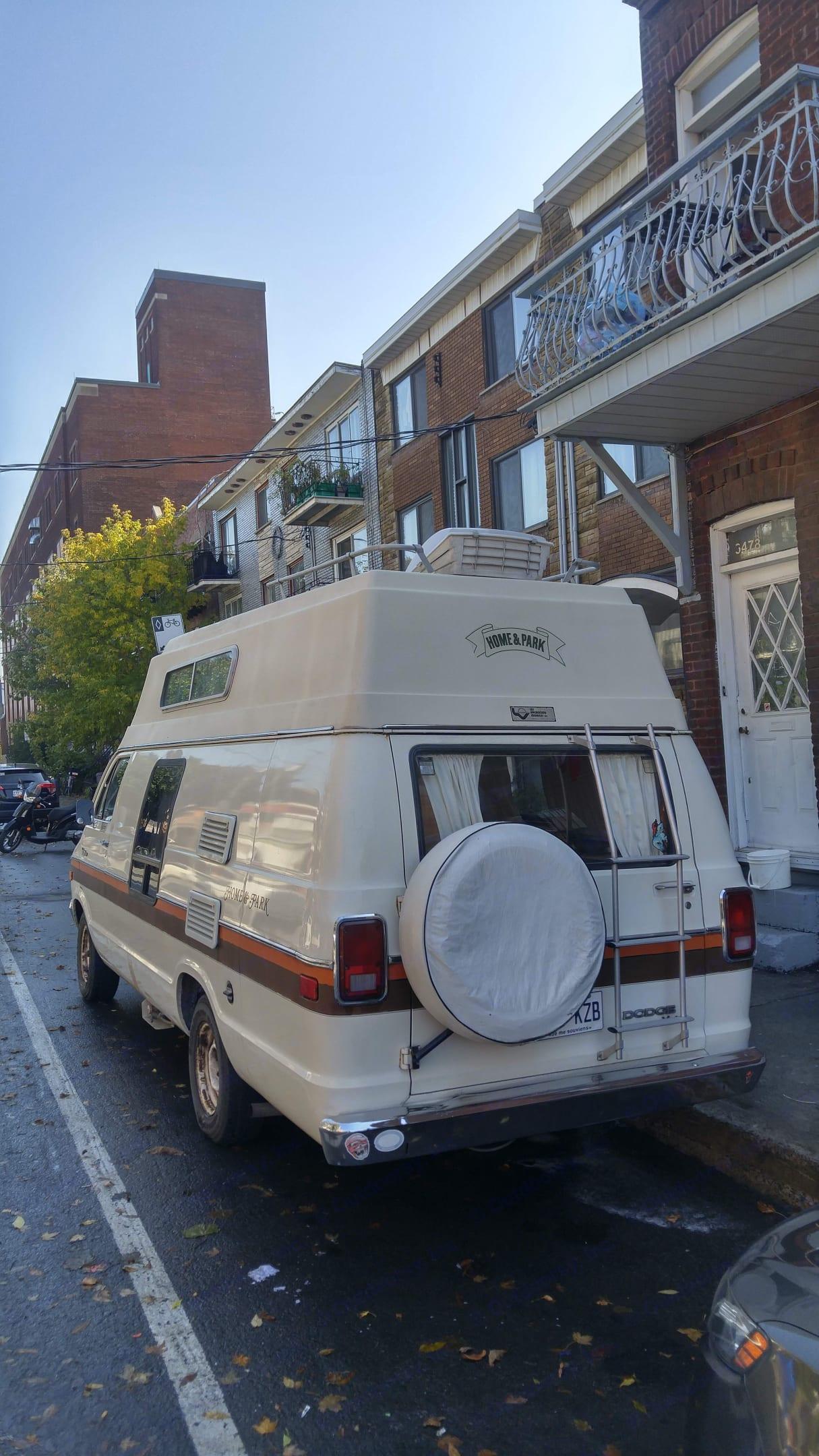 Dodge B Van 1978