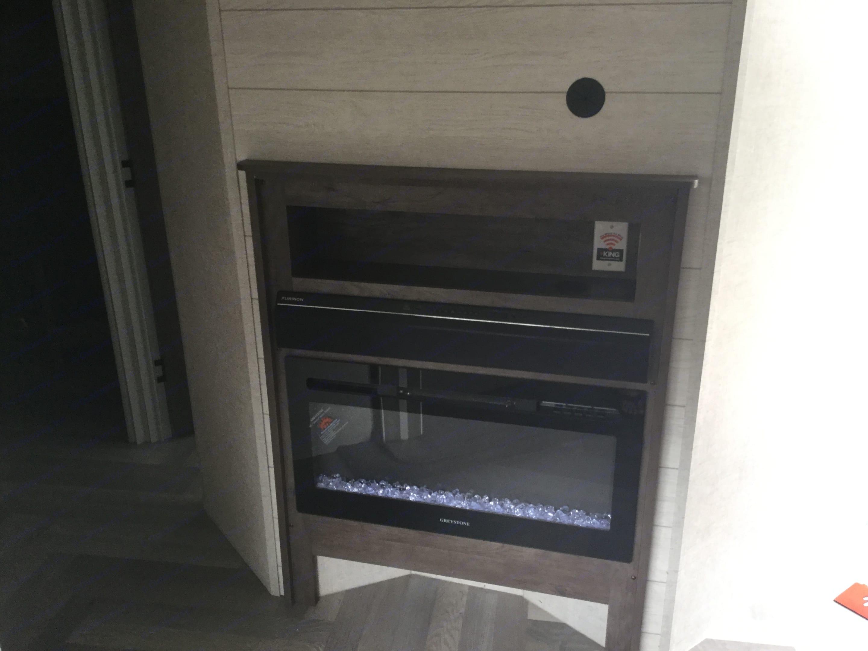 Fireplace. Forest River Salem 2021