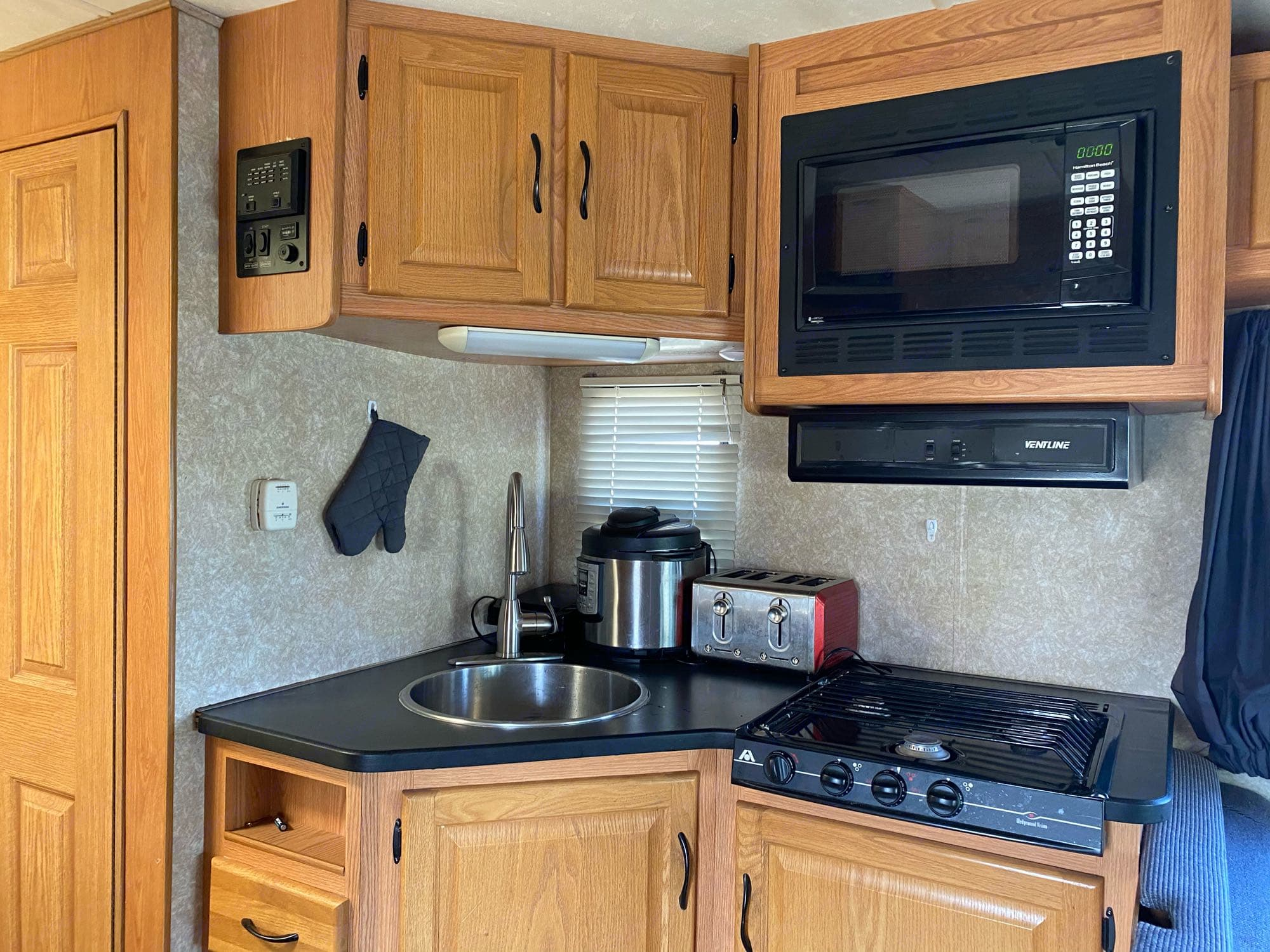Thor Motor Coach Four Winds Majestic 2008