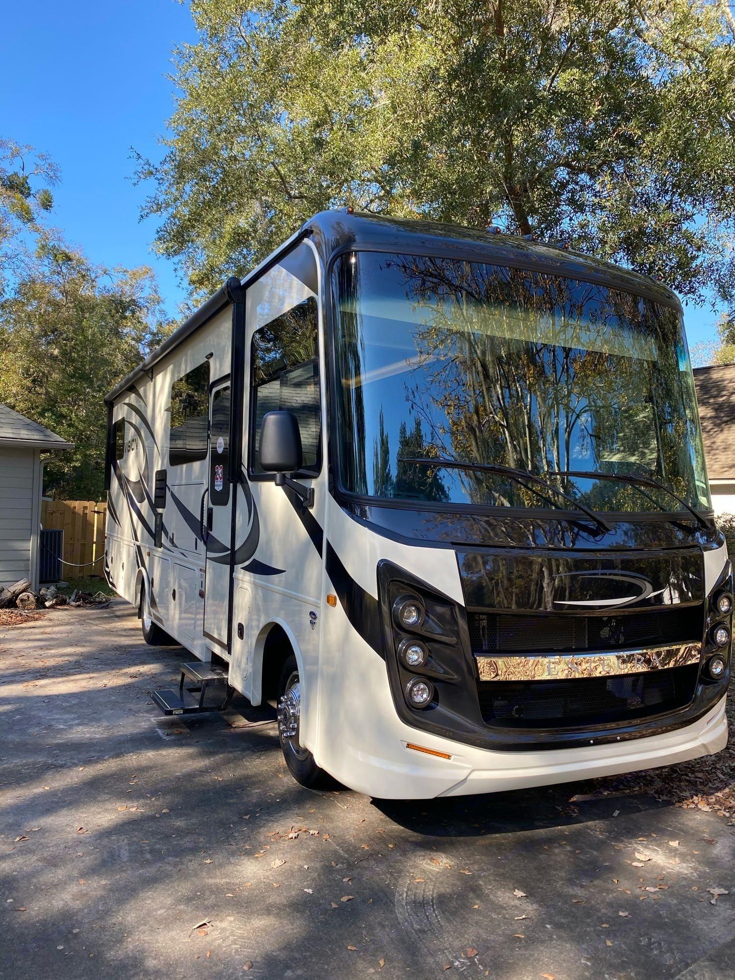 Entegra Coach Vison 29F 2021