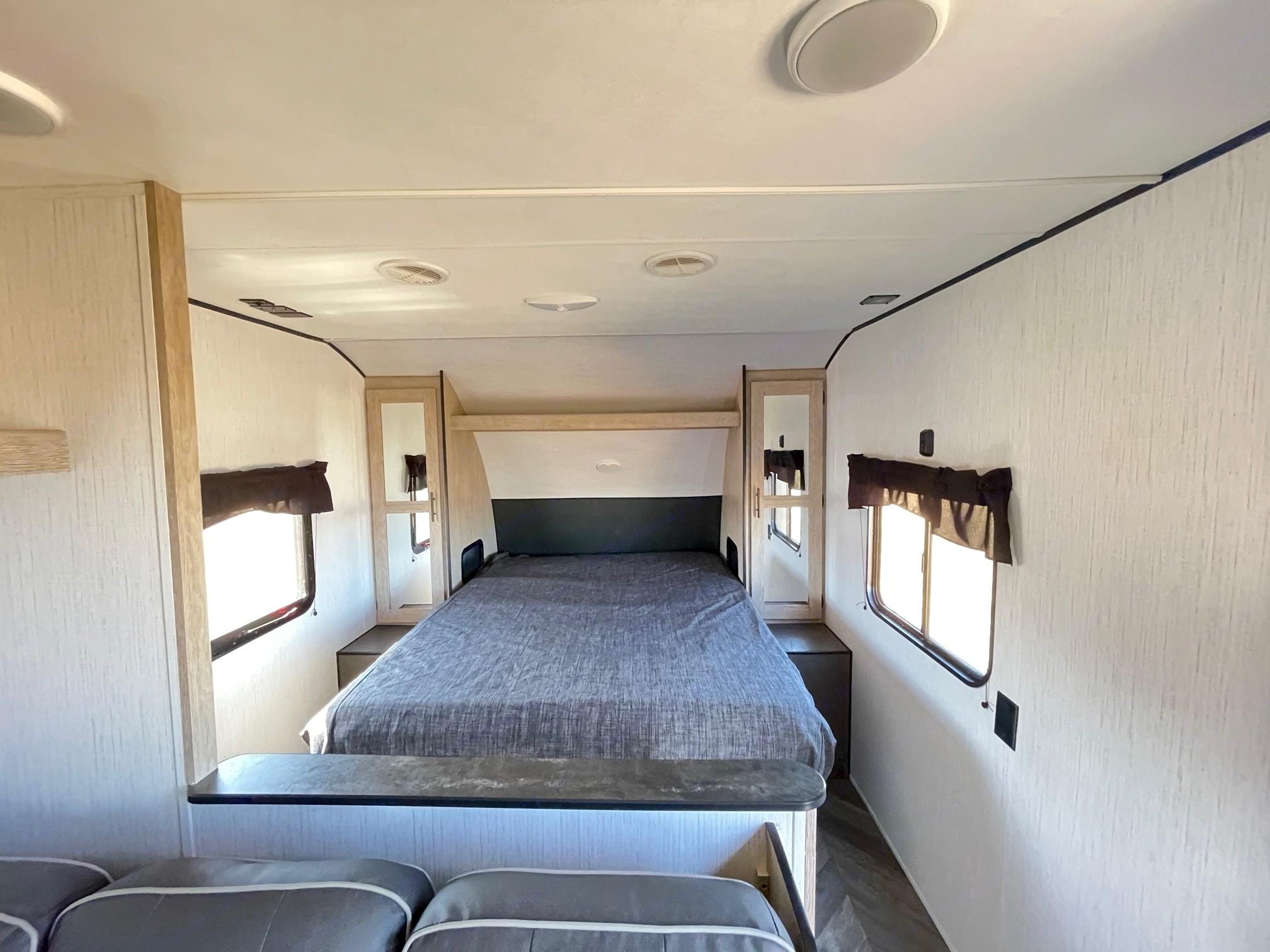 Queen bed. Heartland Prowler 2021