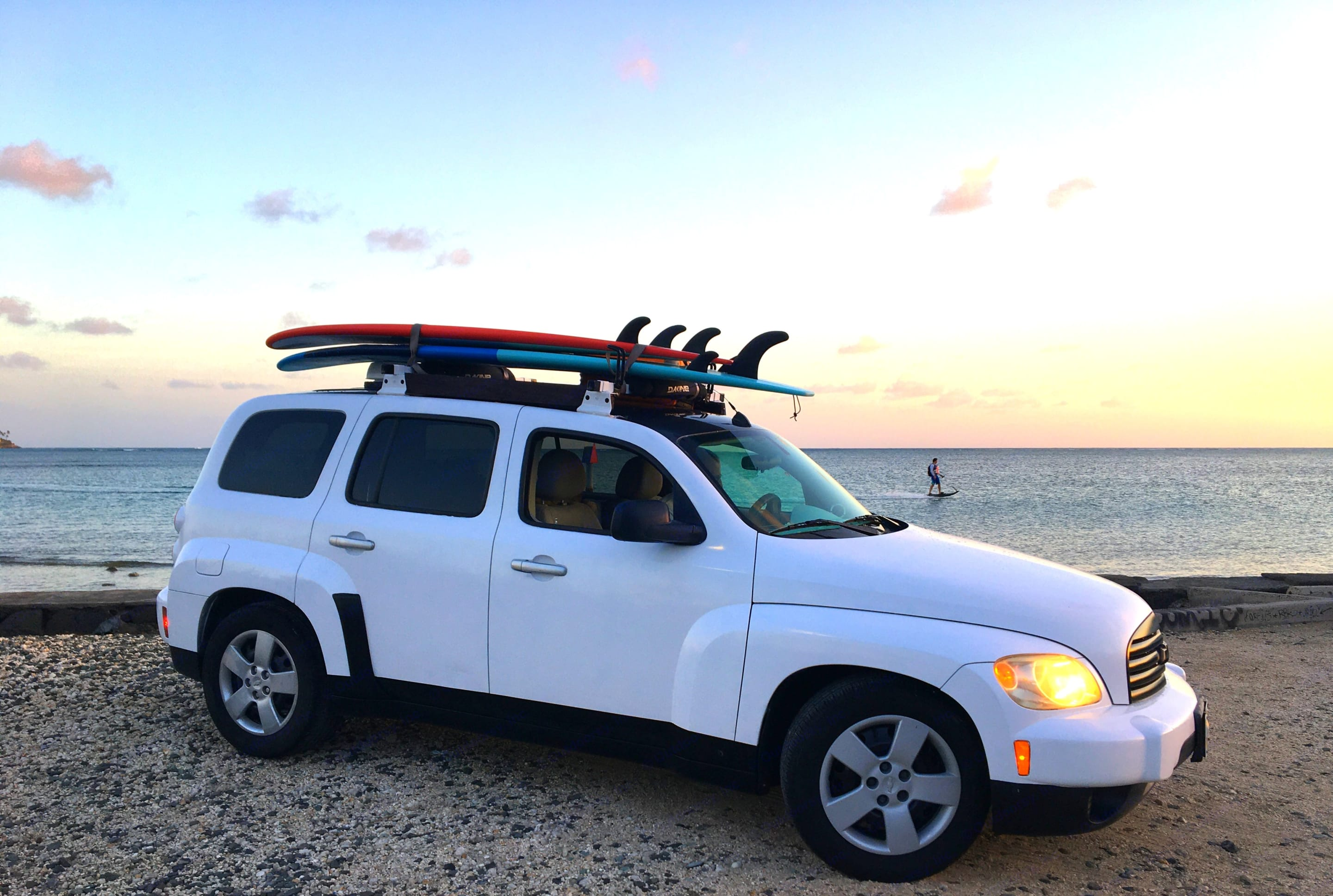 With a roof storage example (2 longboards and a small suitcase) and closed roof fan.. Chevrolet HHR 2006