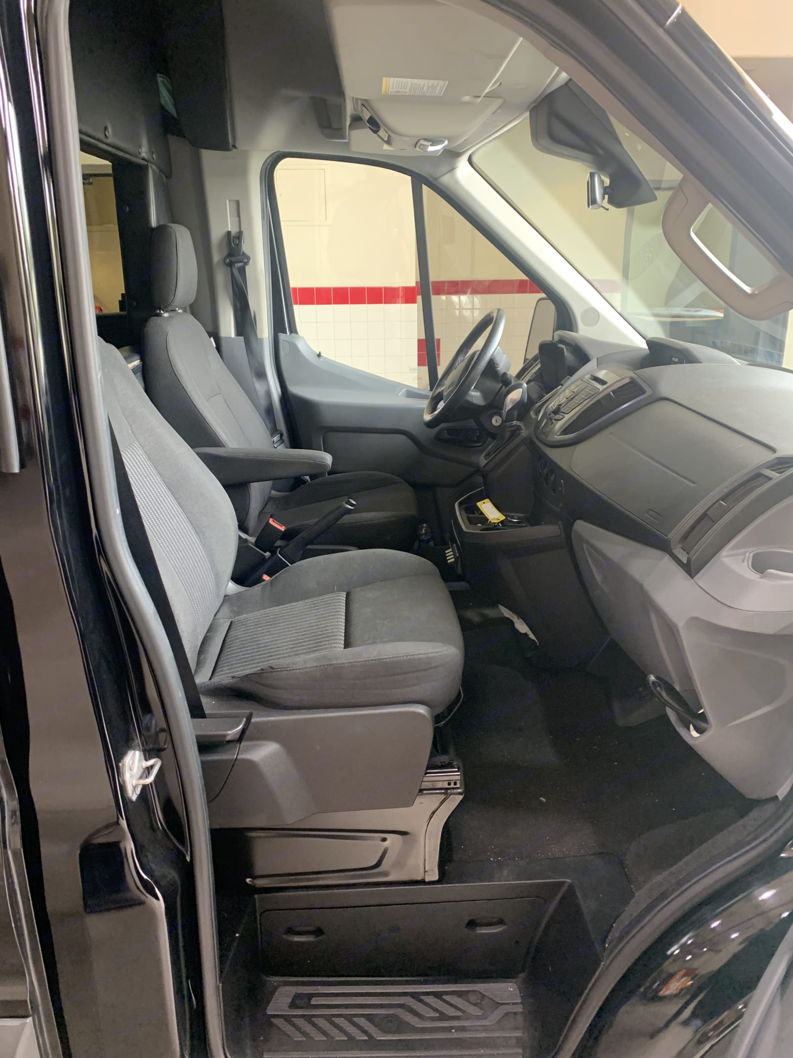 Ford Transit Custom Limo 2016