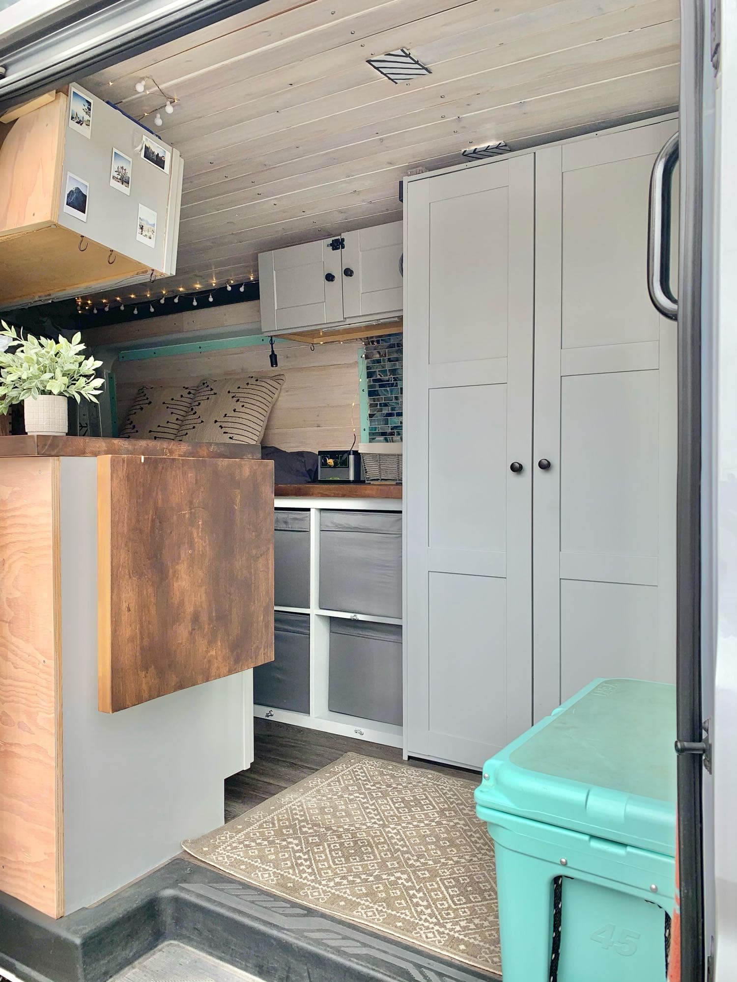 a flip up counter offers more prep space if you're cooking inside. Ford Transit Custom 2019