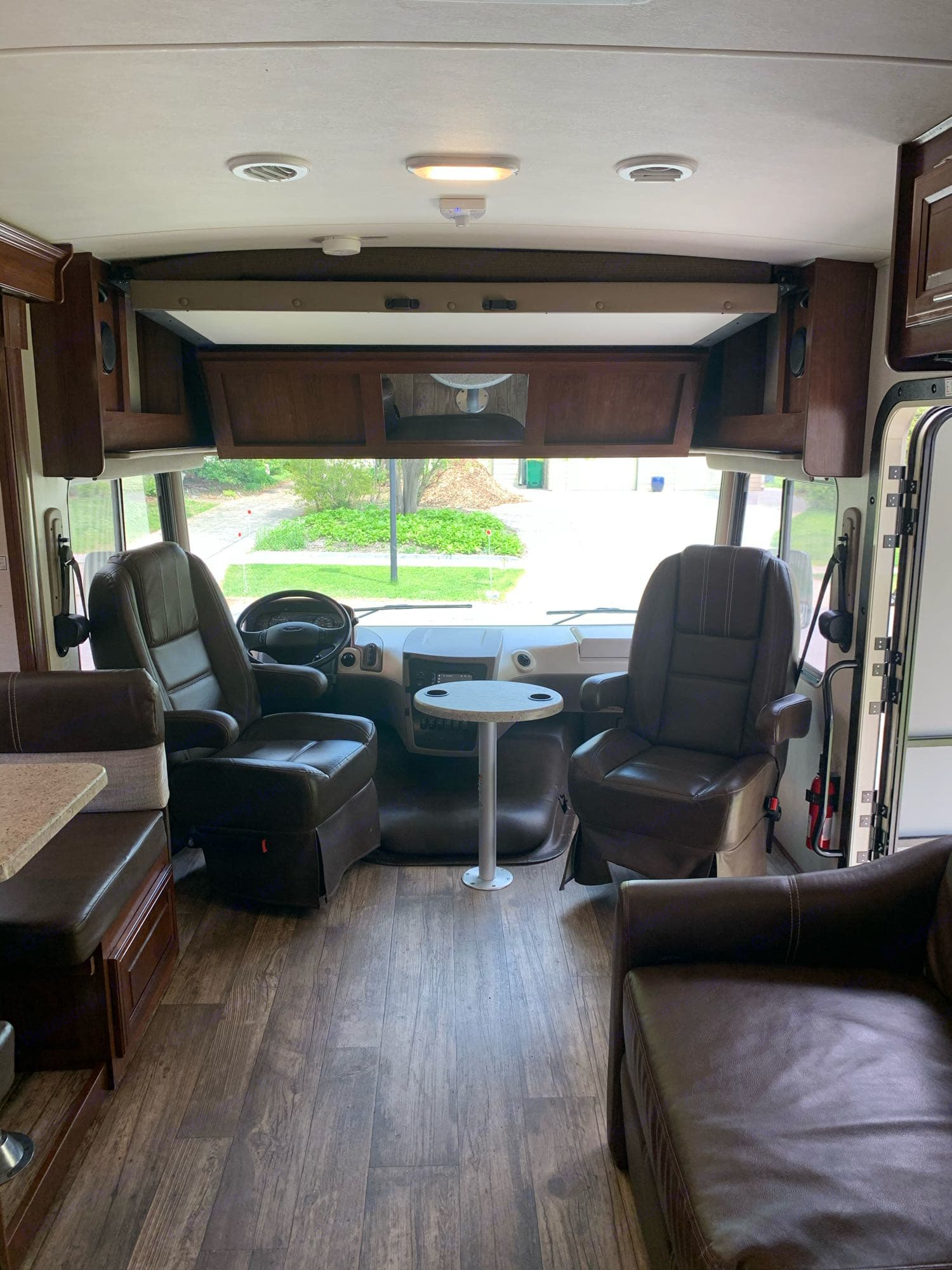 captains chairs swivel for additional living area seating. Forest River Fr3 2017