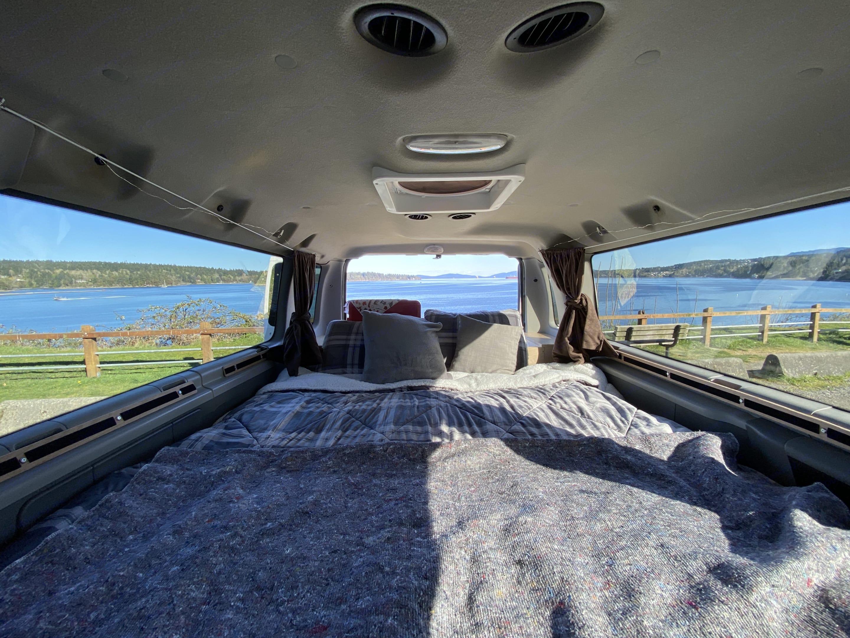 Ford E350 Econoline 2012