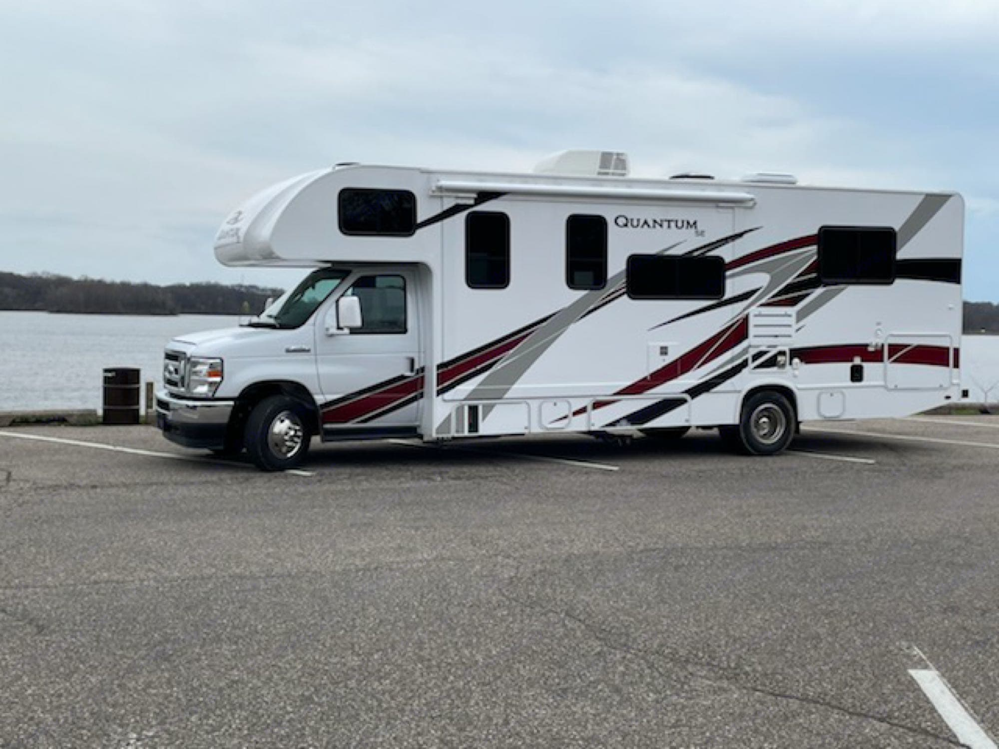 brand new  spacious Rv. Thor Motor Coach Other 2021