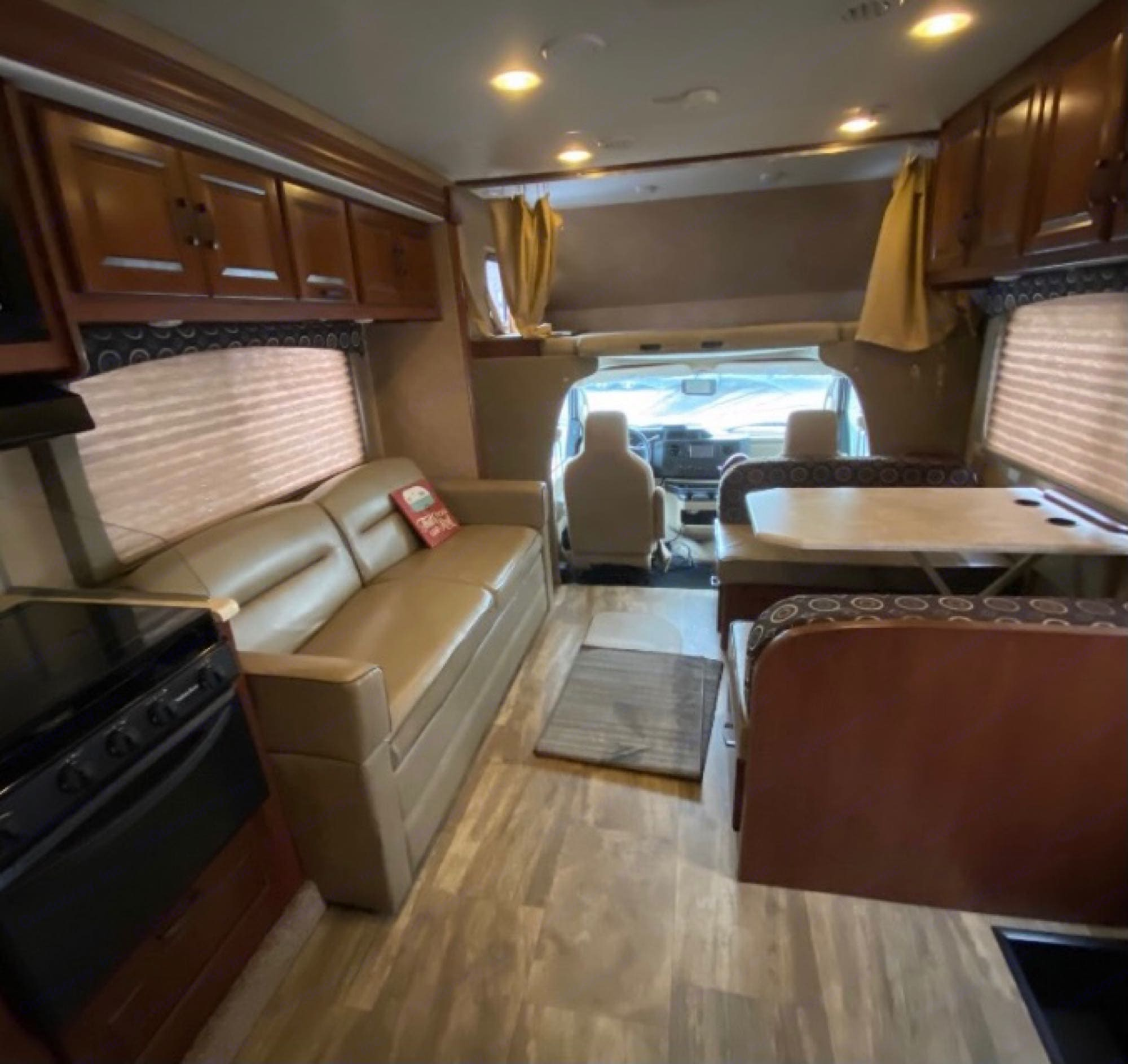 Over-cab queen sized bunk.. Forest River Forester 2015