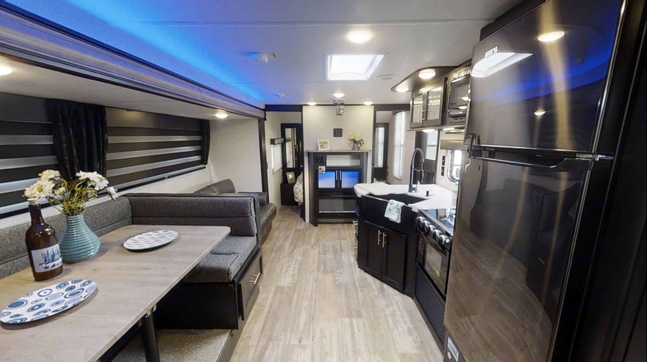 Spacious interior. Forest River Cherokee Grey Wolf 2021