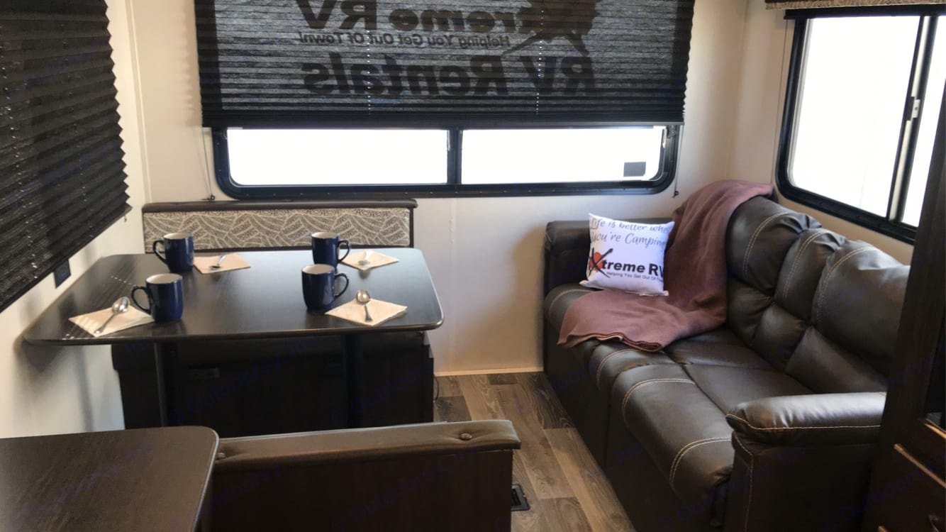 Dinette booth and couch. Keystone Springdale 2020
